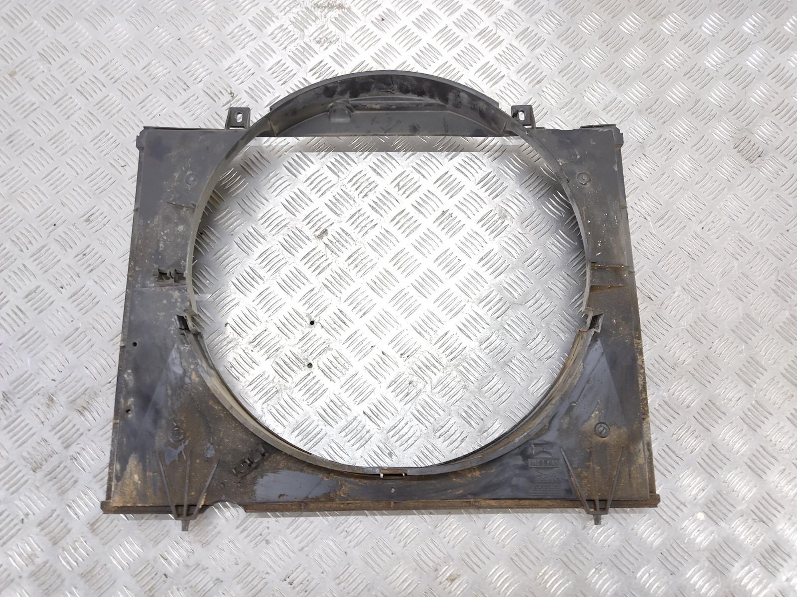 Диффузор вентилятора Nissan Terrano 3.0 DI 2003 (б/у)