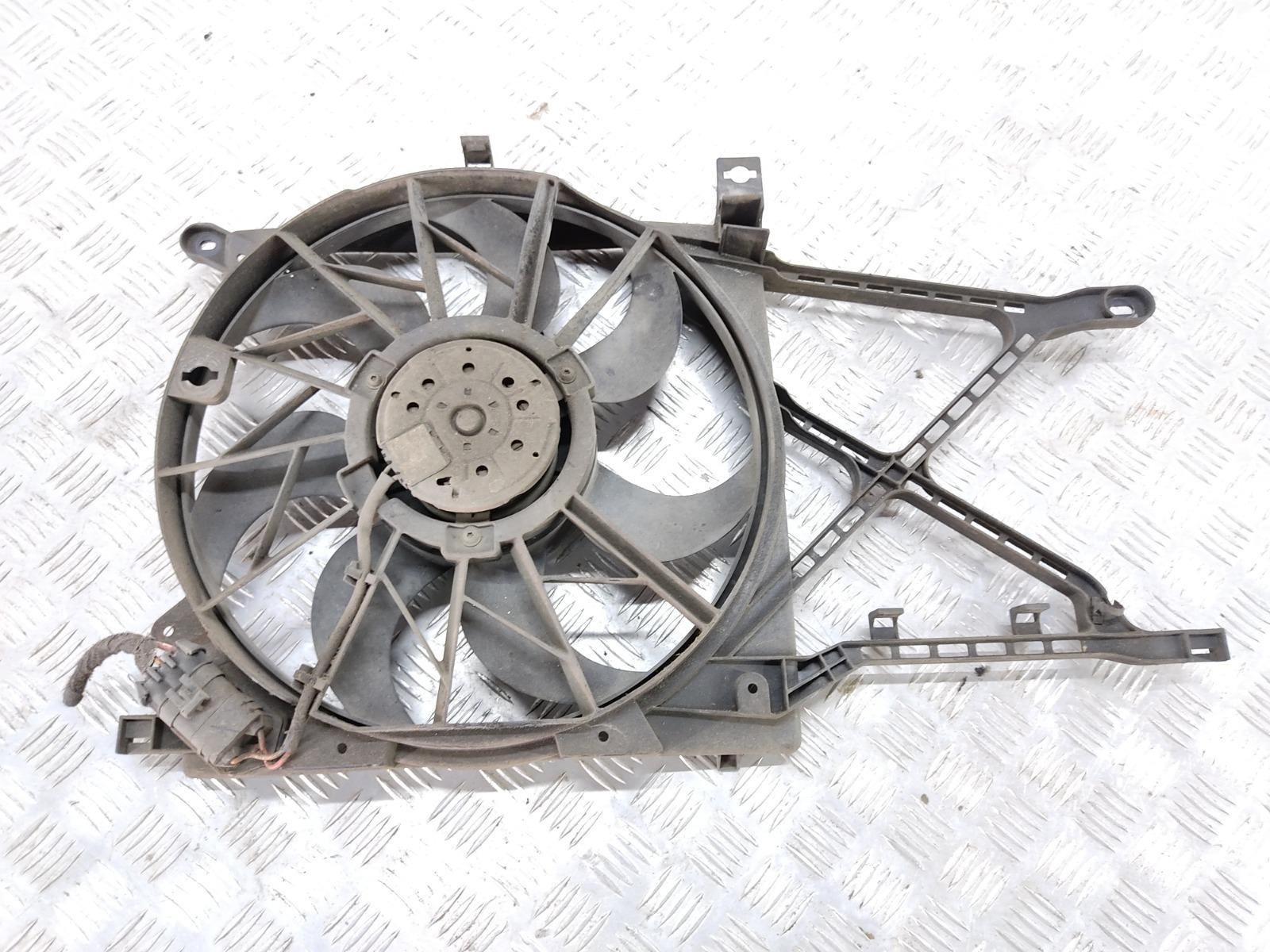 Вентилятор радиатора Opel Astra H 1.6 I 2008 (б/у)