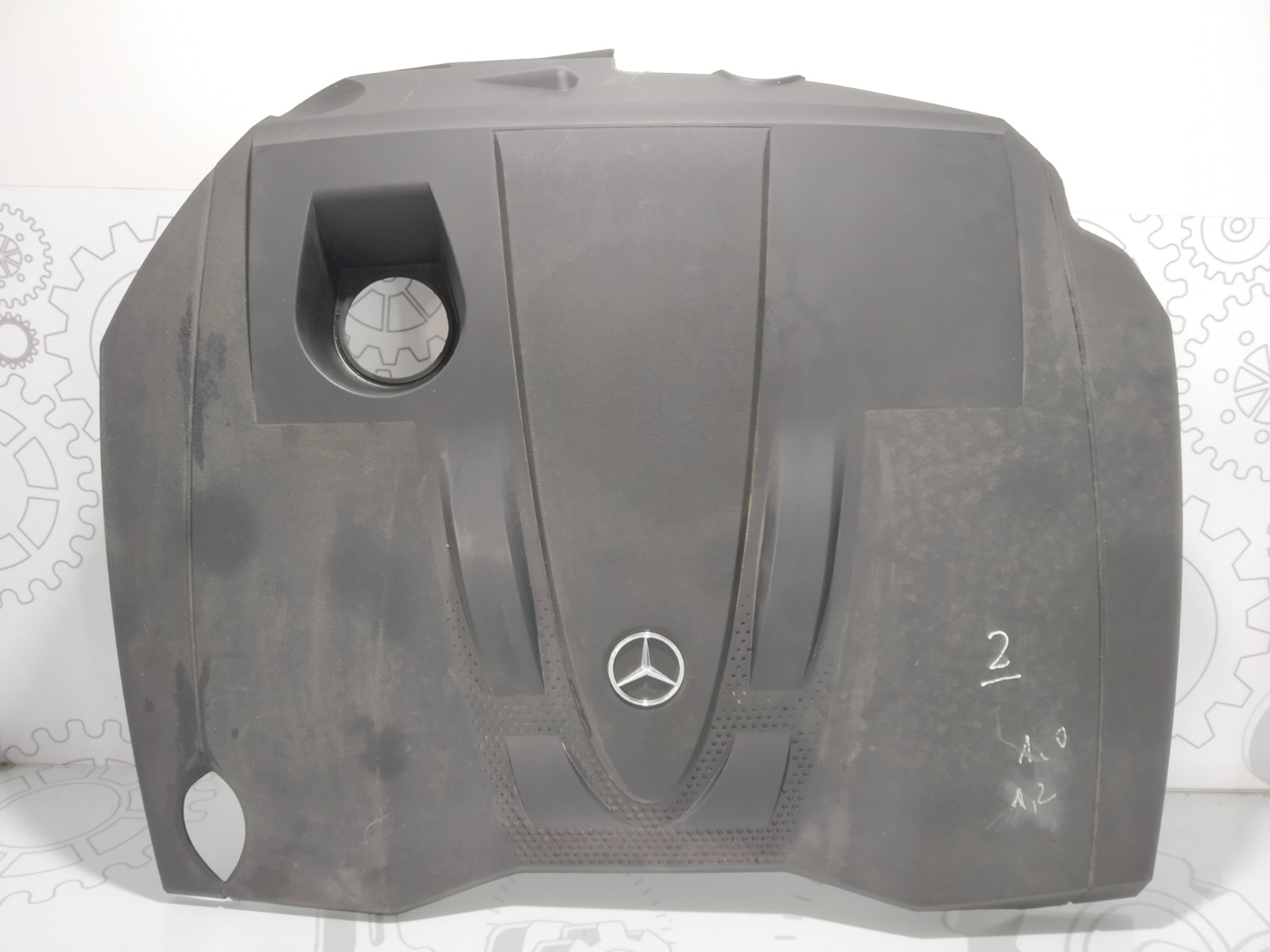 Декоративная крышка двигателя Mercedes C W204 2.2 CDI 2008 (б/у)