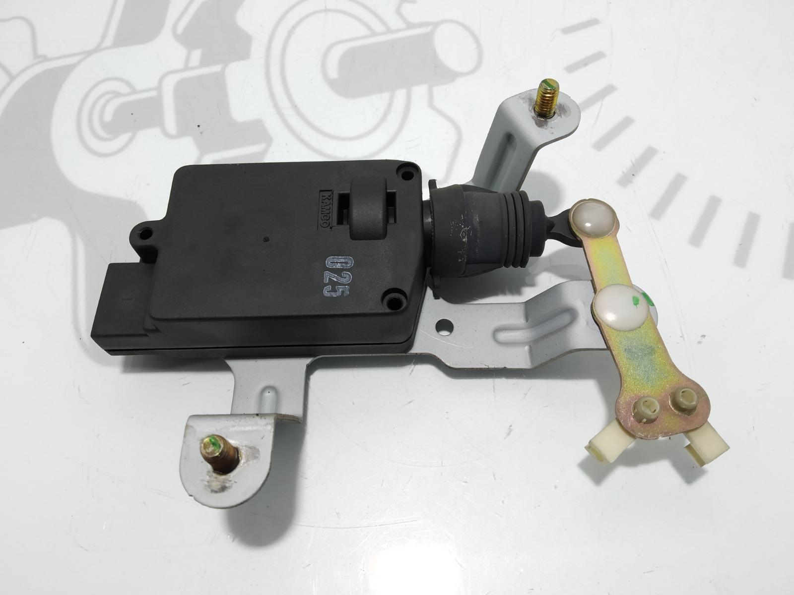Активатор замка багажника Hyundai Santa Fe 2.0 2003 (б/у)