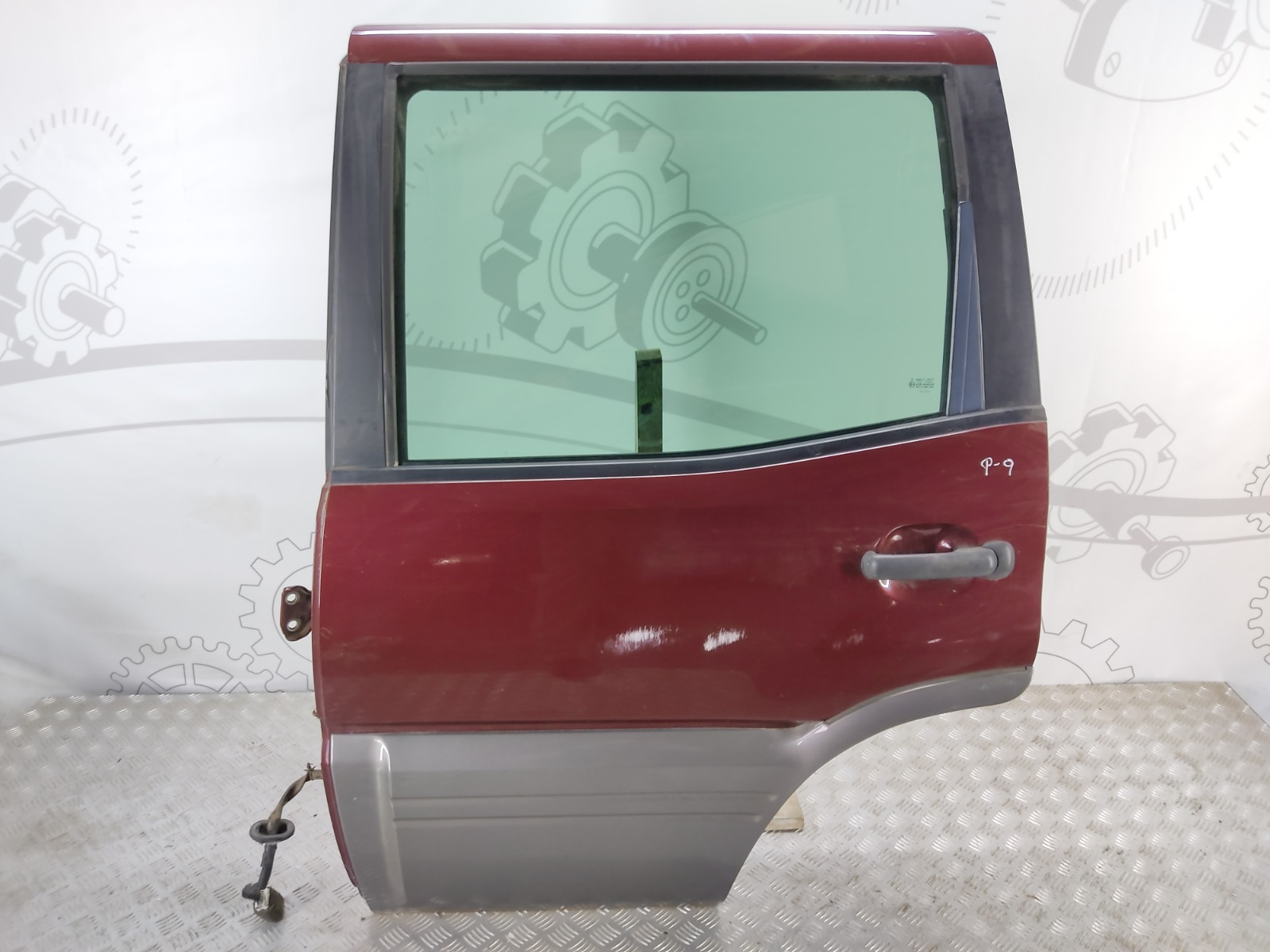 Дверь задняя левая Nissan Terrano 3.0 DI 2003 (б/у)