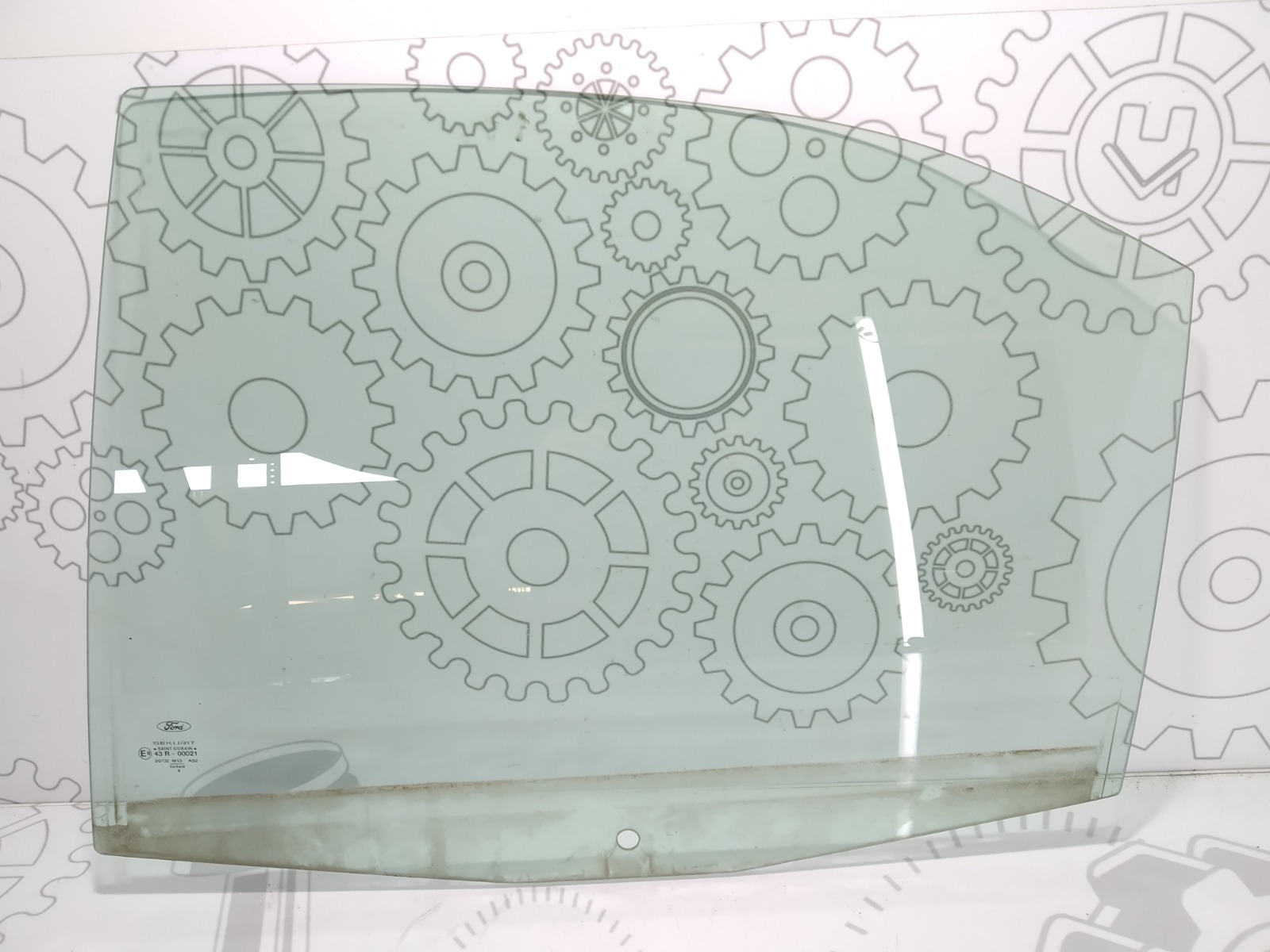 Стекло двери задней левой Ford Mondeo 2.0 TDCI 2007 (б/у)