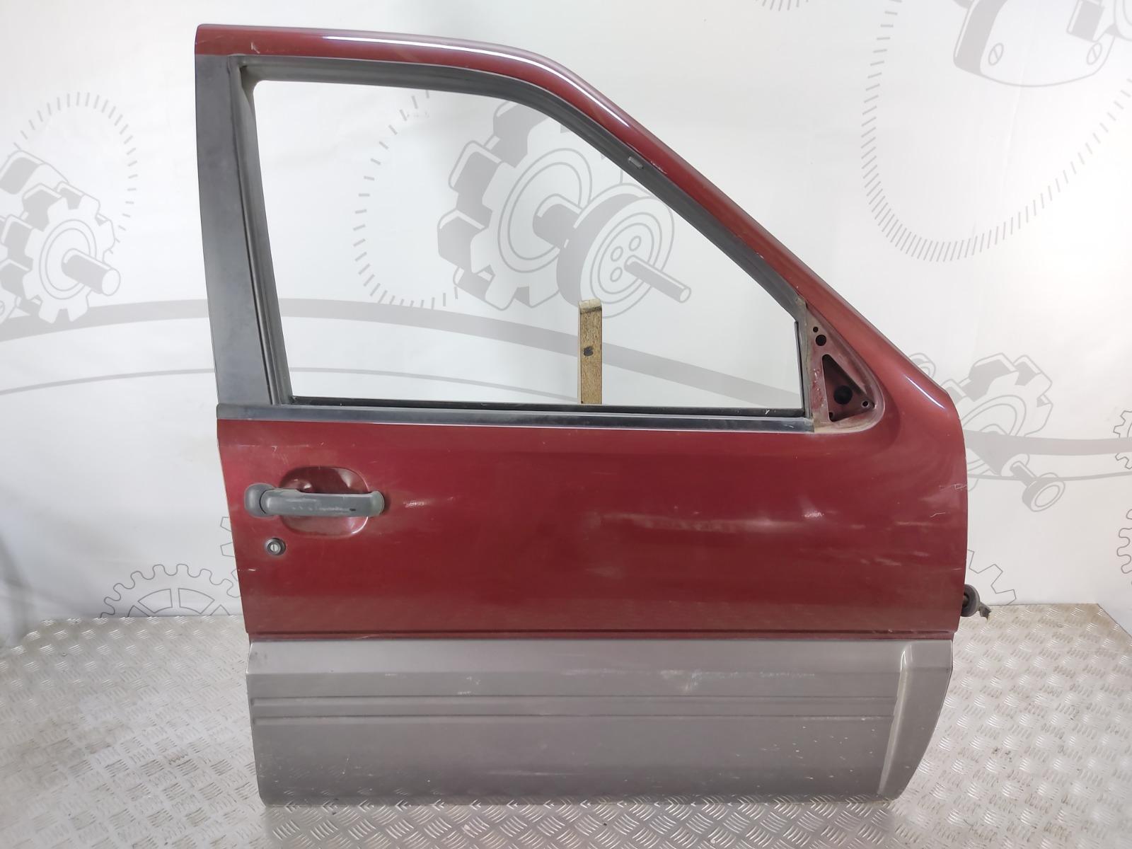 Дверь передняя правая Nissan Terrano 3.0 DI 2003 (б/у)