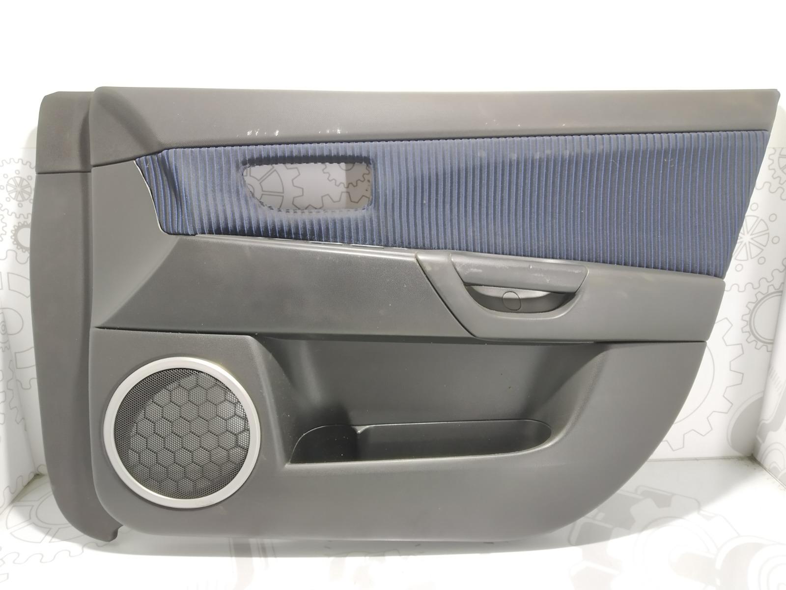 Обшивка двери передней правой (дверная карта) Mazda 3 BK 2.0 I 2004 (б/у)