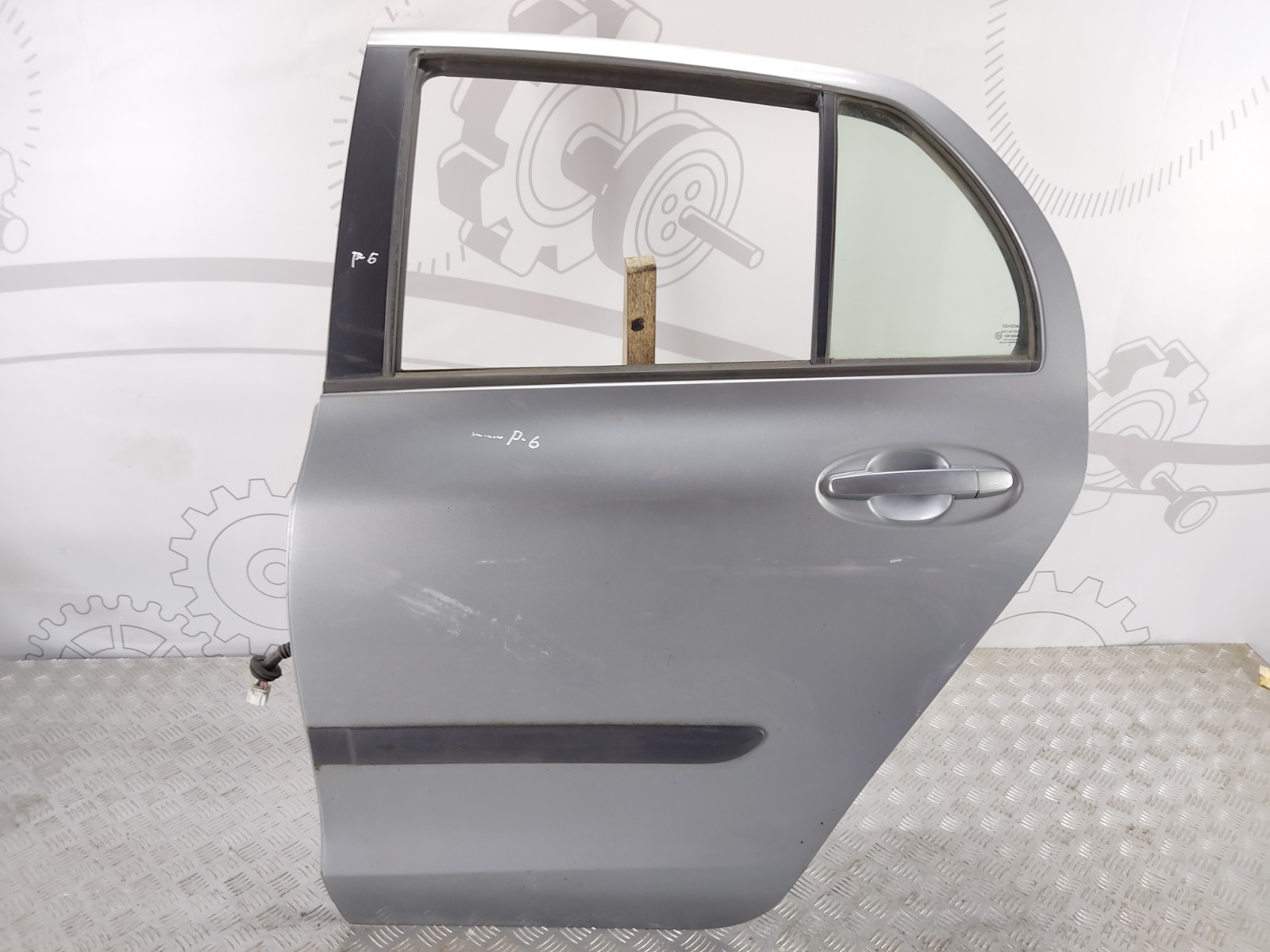 Дверь задняя левая Toyota Yaris XP9 1.4 D-4D 2006 (б/у)