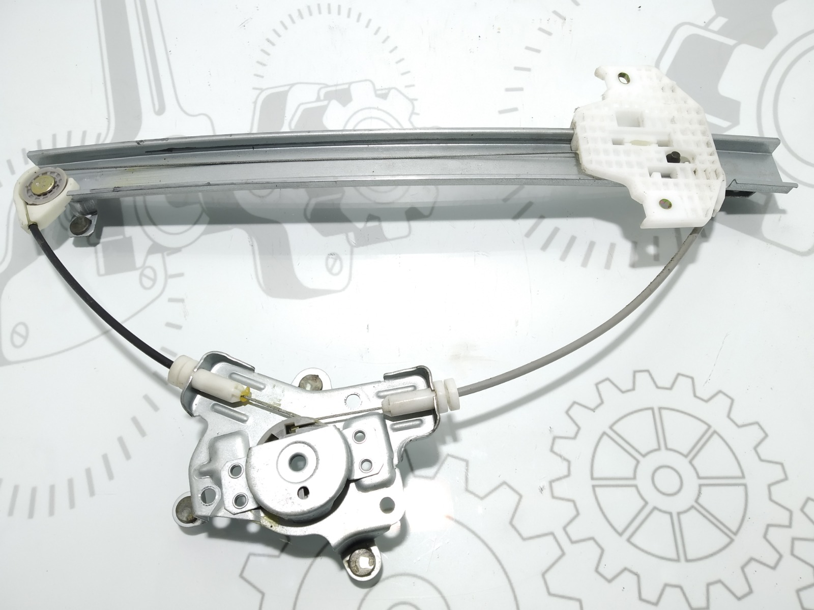 Стеклоподъемник электрический задний левый Hyundai Matrix 1.6 I 2004 (б/у)