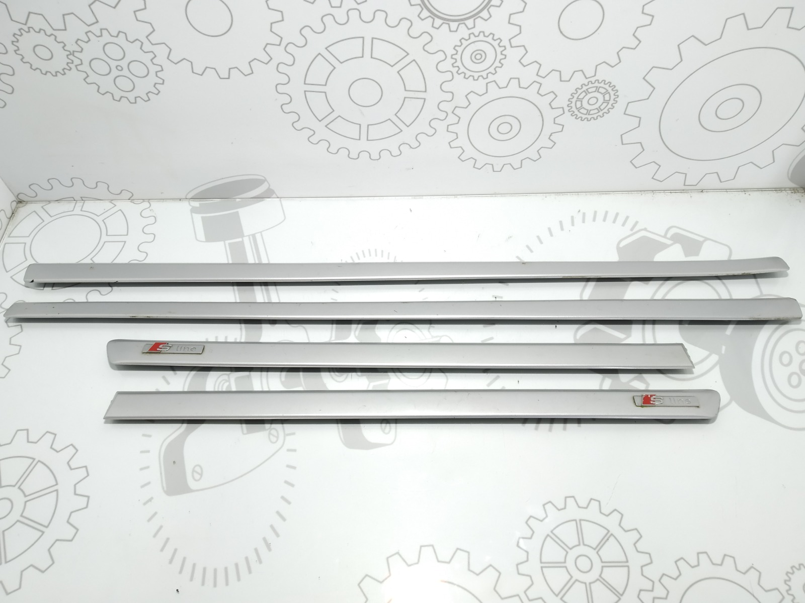 Молдинг дверей (комплект) Audi A4 B7 2.0 TFSI 2006 (б/у)