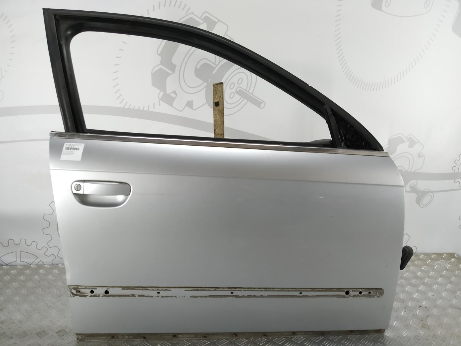 Дверь передняя правая Audi A4 B7 2.0 TFSI 2006 (б/у)