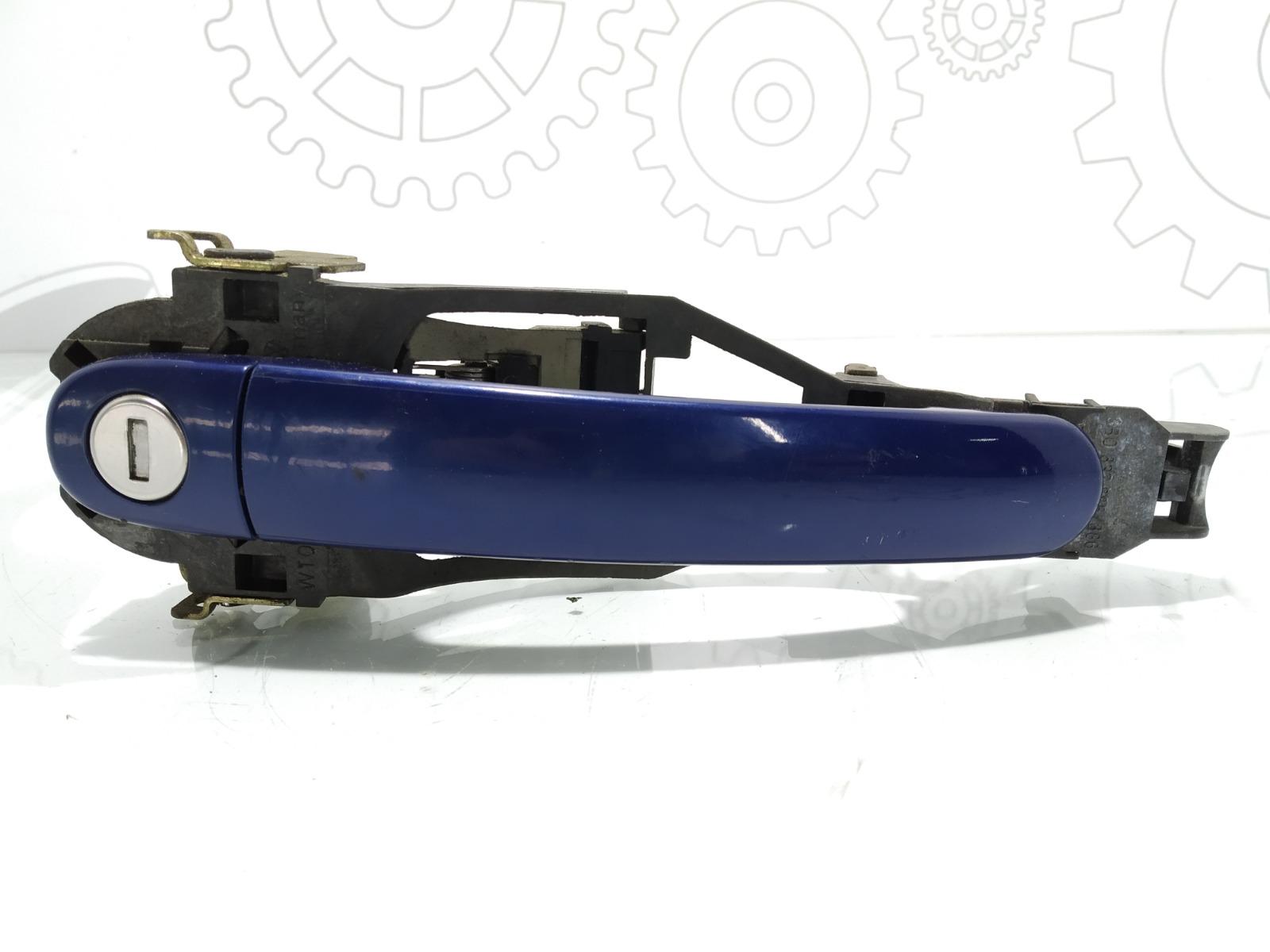 Ручка наружная передняя правая Volkswagen Passat B5 2.0 I 2001 (б/у)