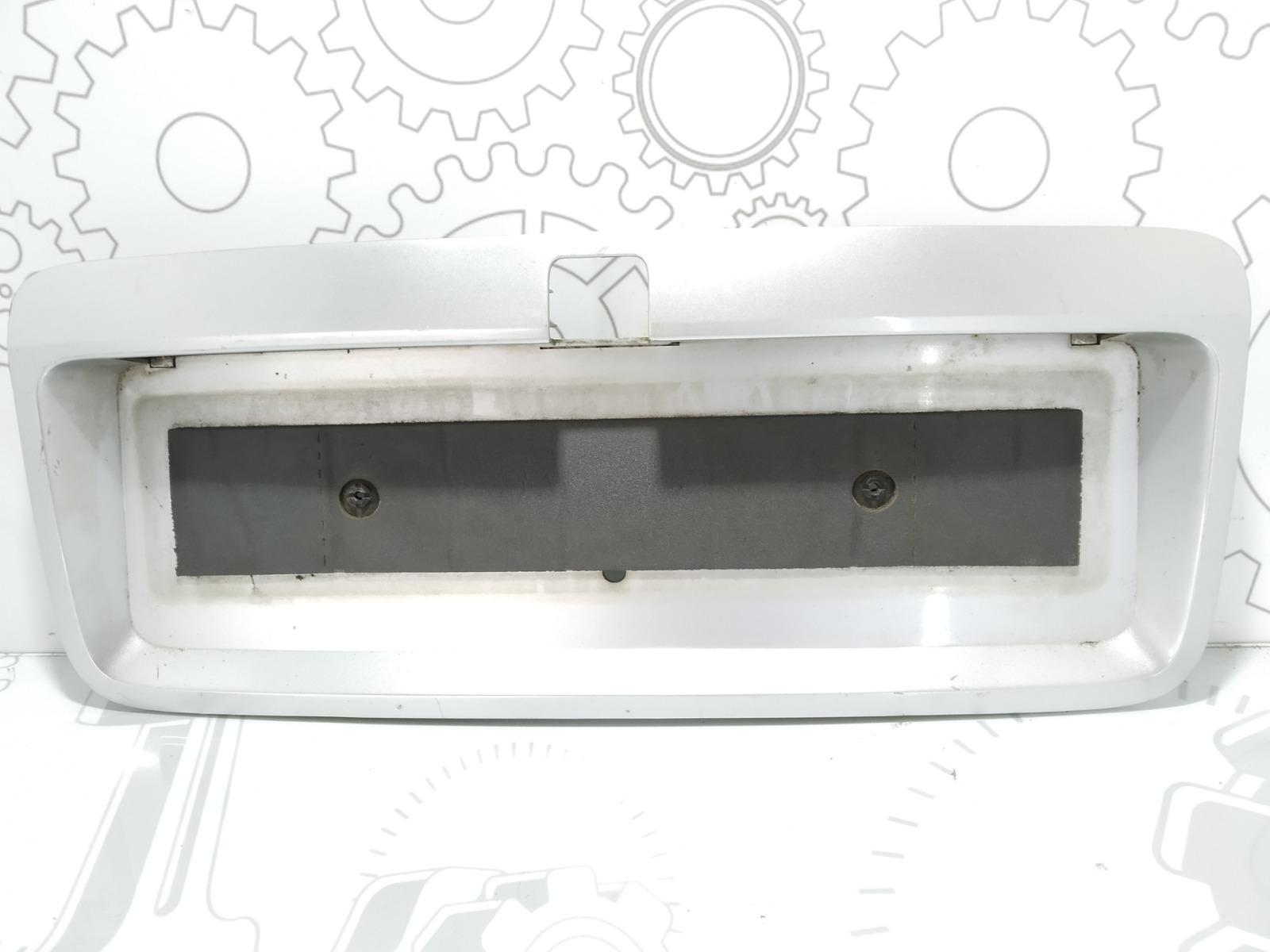 Накладка подсветки номера Opel Vectra B 1.8 I 1999 (б/у)