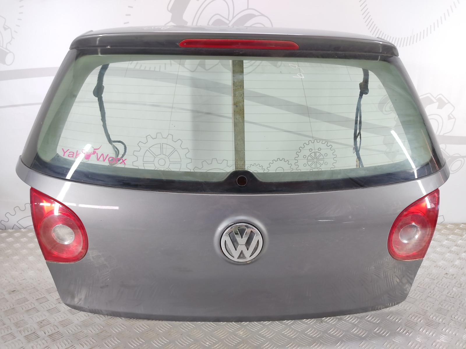 Крышка багажника (дверь 3-5) Volkswagen Golf 5 2.0 TDI 2005 (б/у)