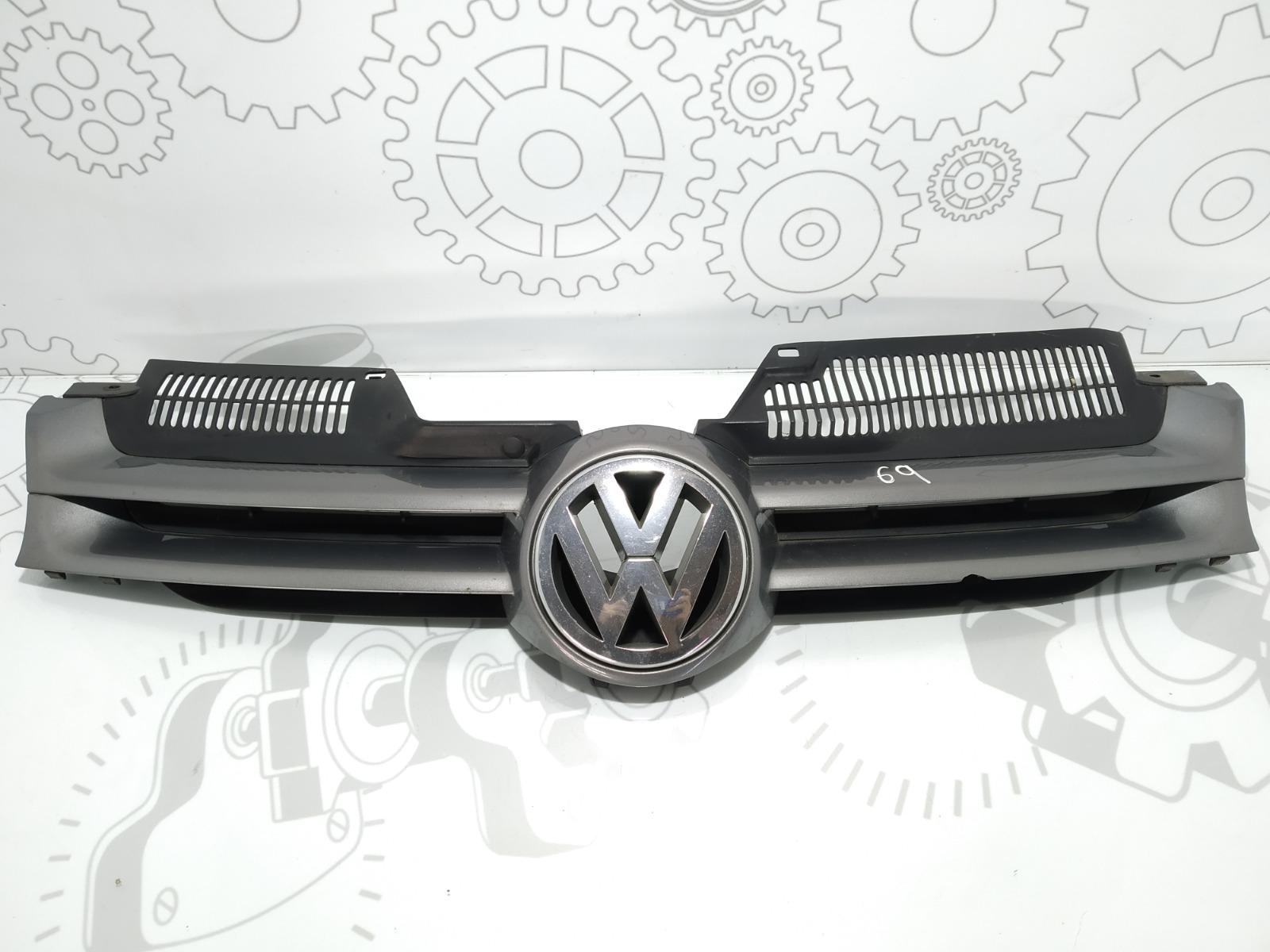 Решетка радиатора Volkswagen Golf 5 2.0 TDI 2005 (б/у)