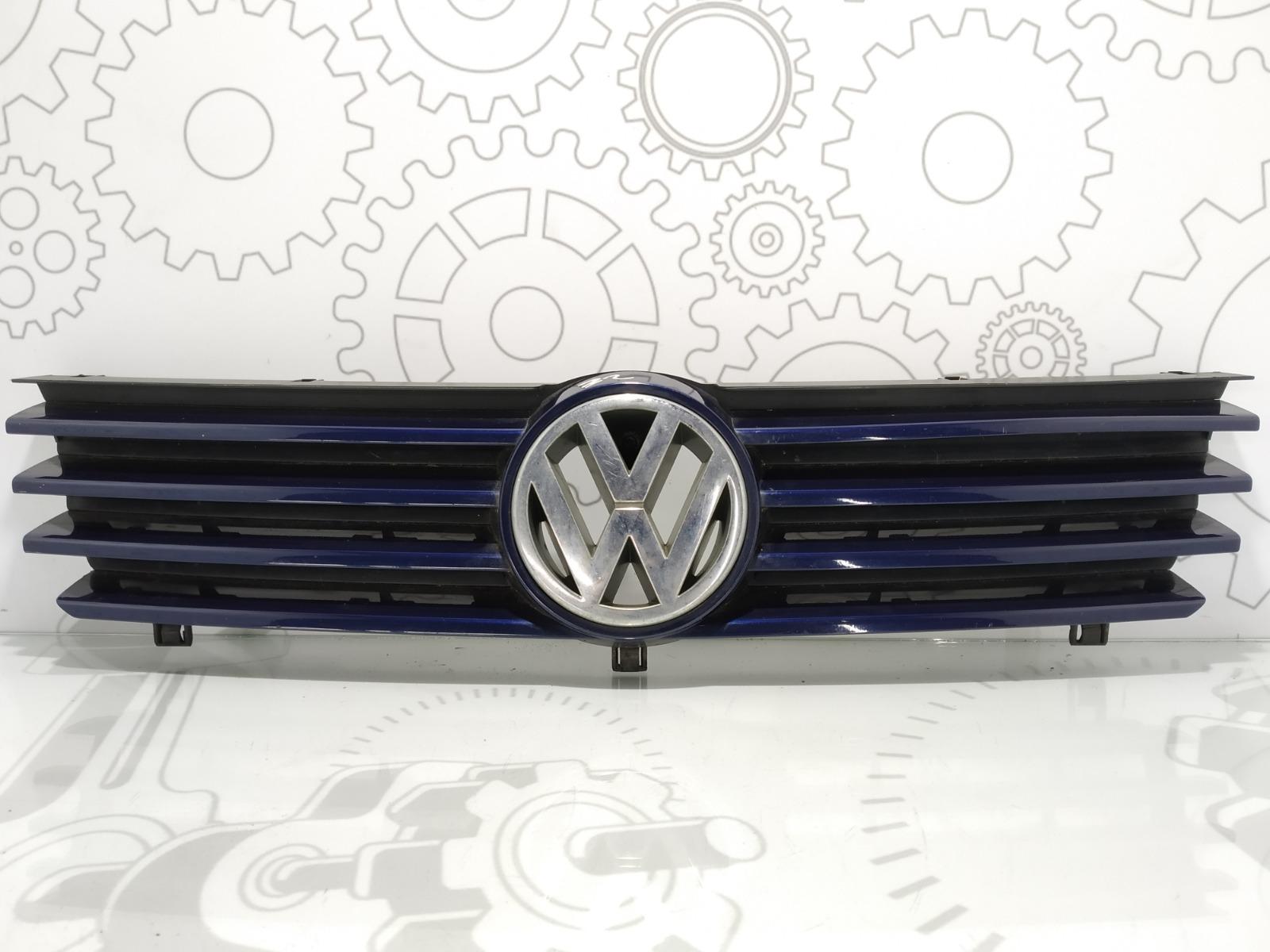Решетка радиатора Volkswagen Polo 1.4 MPI 2001 (б/у)