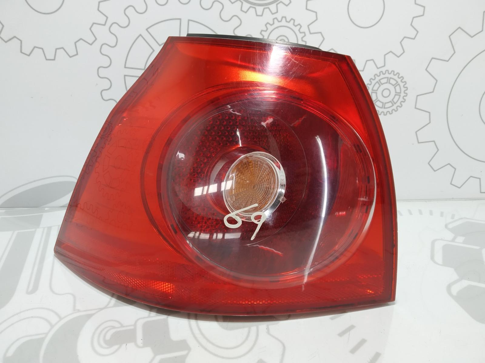 Фонарь задний левый Volkswagen Golf 5 2.0 TDI 2005 (б/у)