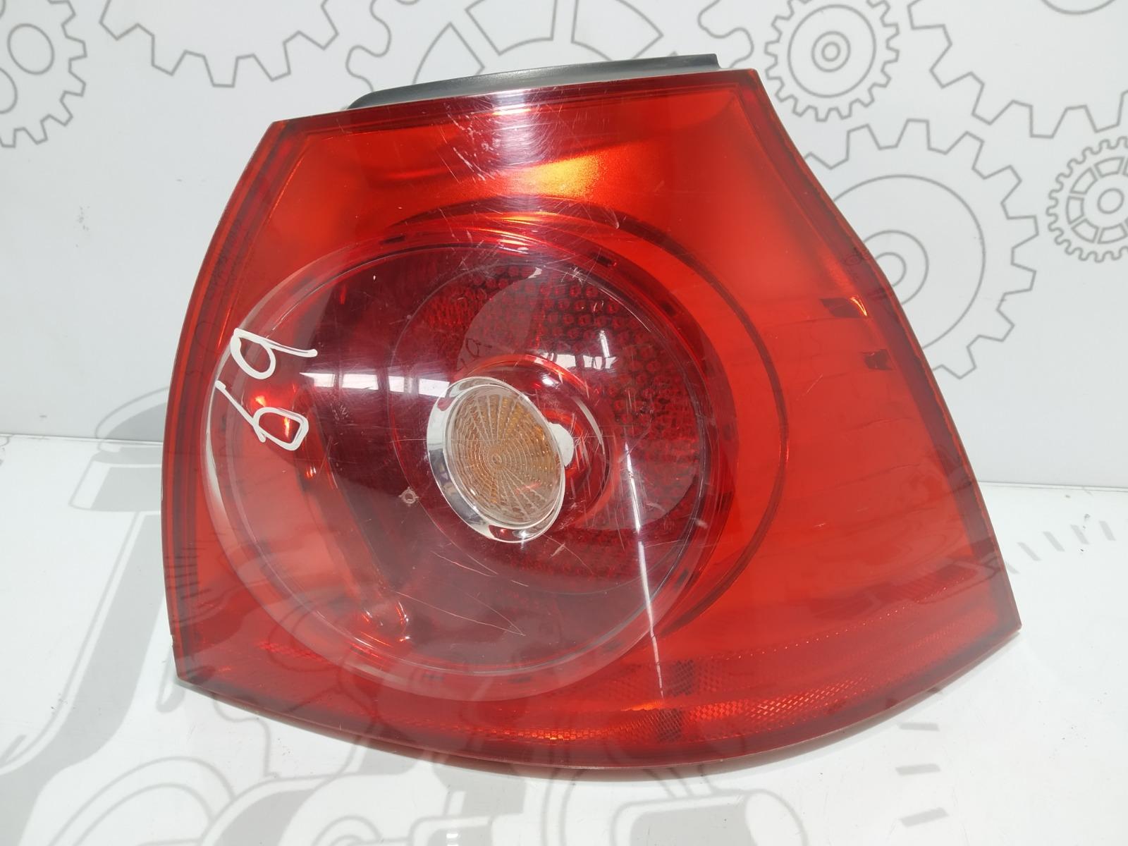 Фонарь задний правый Volkswagen Golf 5 2.0 TDI 2005 (б/у)
