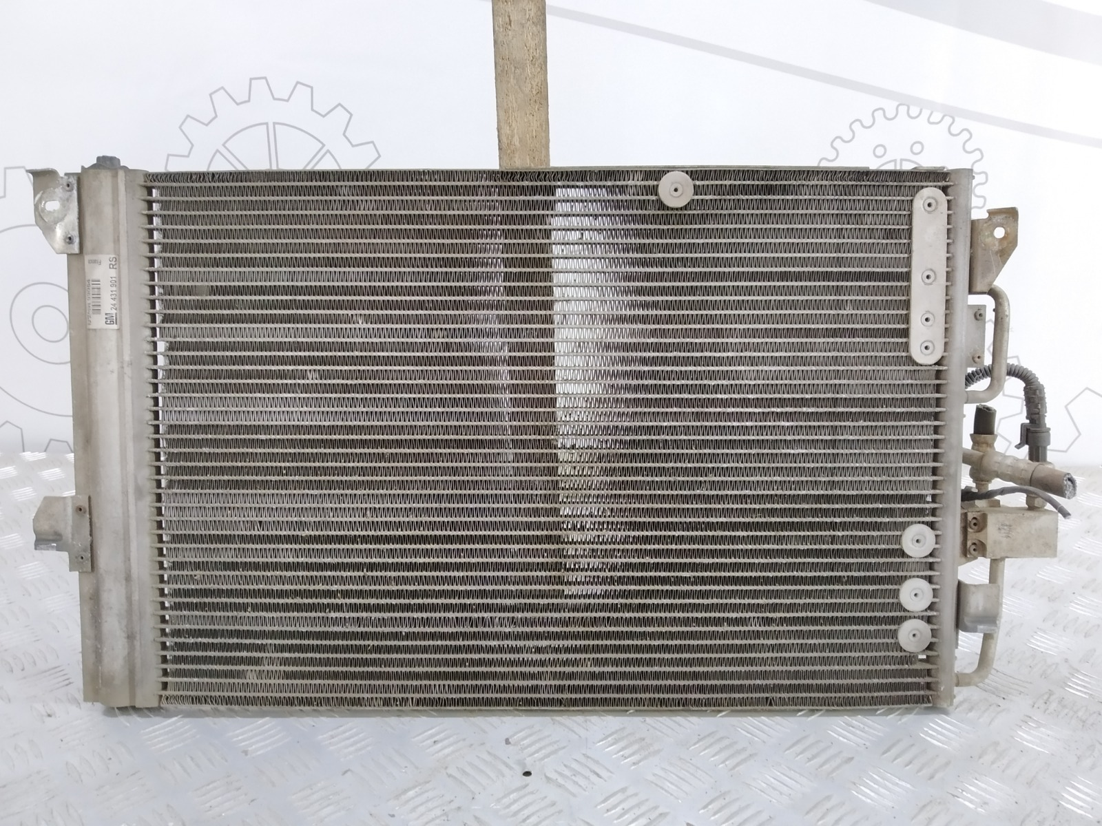 Радиатор кондиционера Opel Zafira A 1.6 I 2003 (б/у)