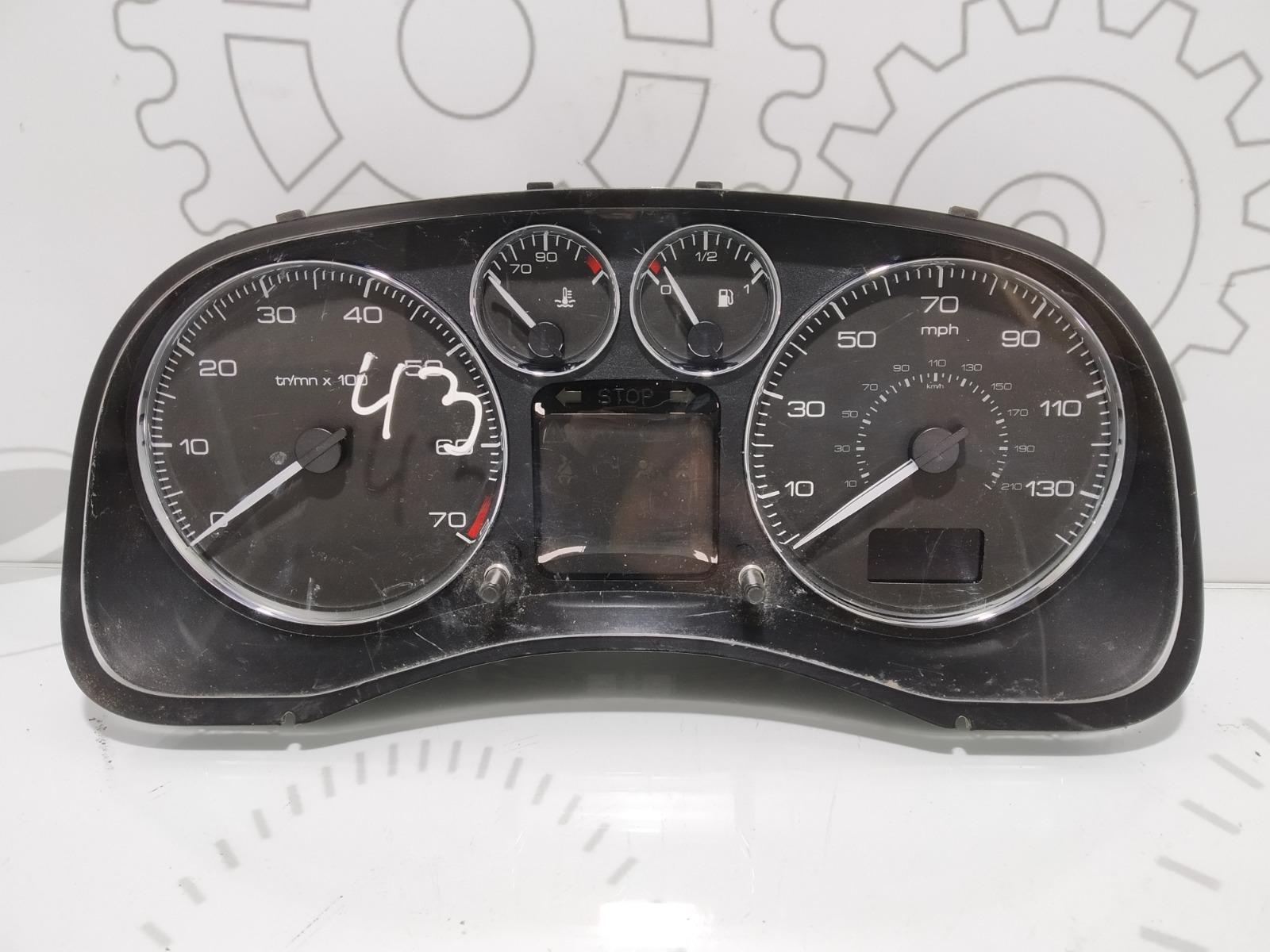 Щиток приборов (приборная панель) Peugeot 307 1.6 I 2006 (б/у)
