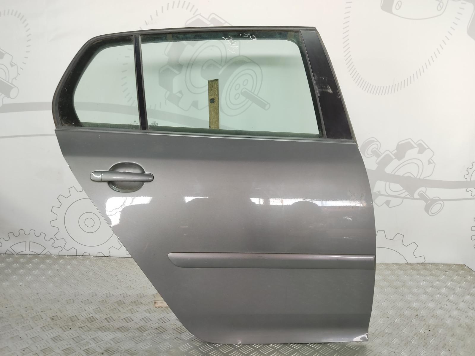 Дверь задняя правая Volkswagen Golf 5 2.0 TDI 2005 (б/у)