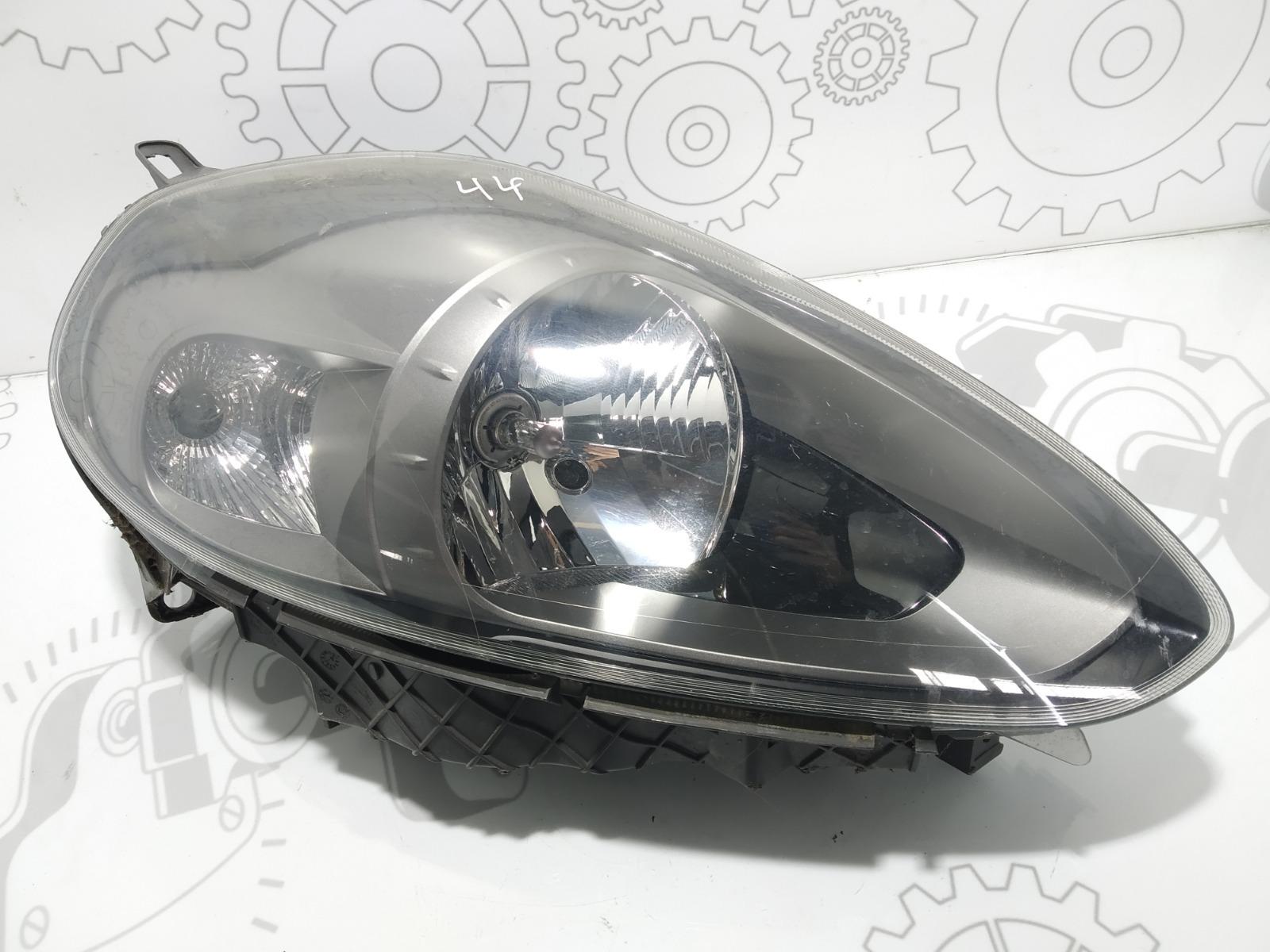 Фара правая Fiat Punto 1.4 I 2011 (б/у)