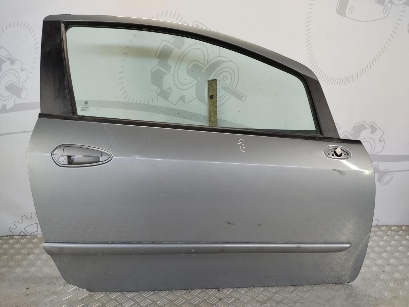 Дверь передняя правая Fiat Punto 1.4 I 2011 (б/у)