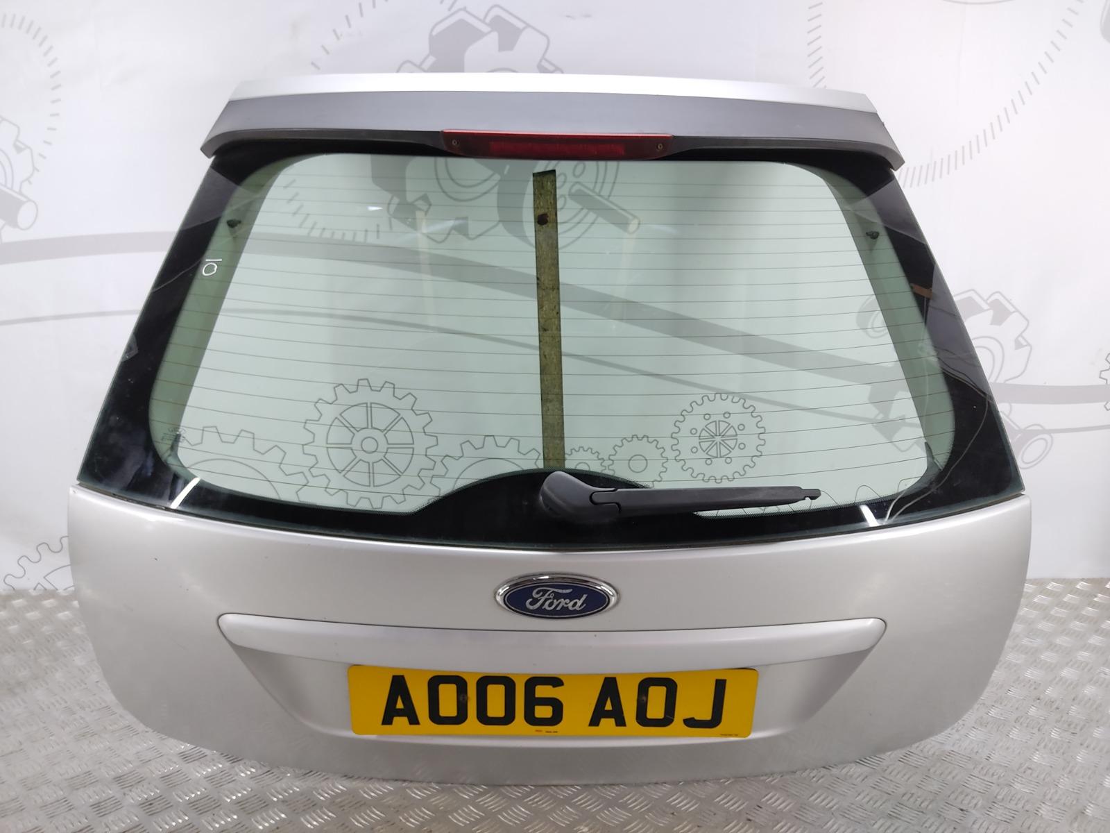 Крышка багажника (дверь 3-5) Ford Focus 2.0 I 2006 (б/у)