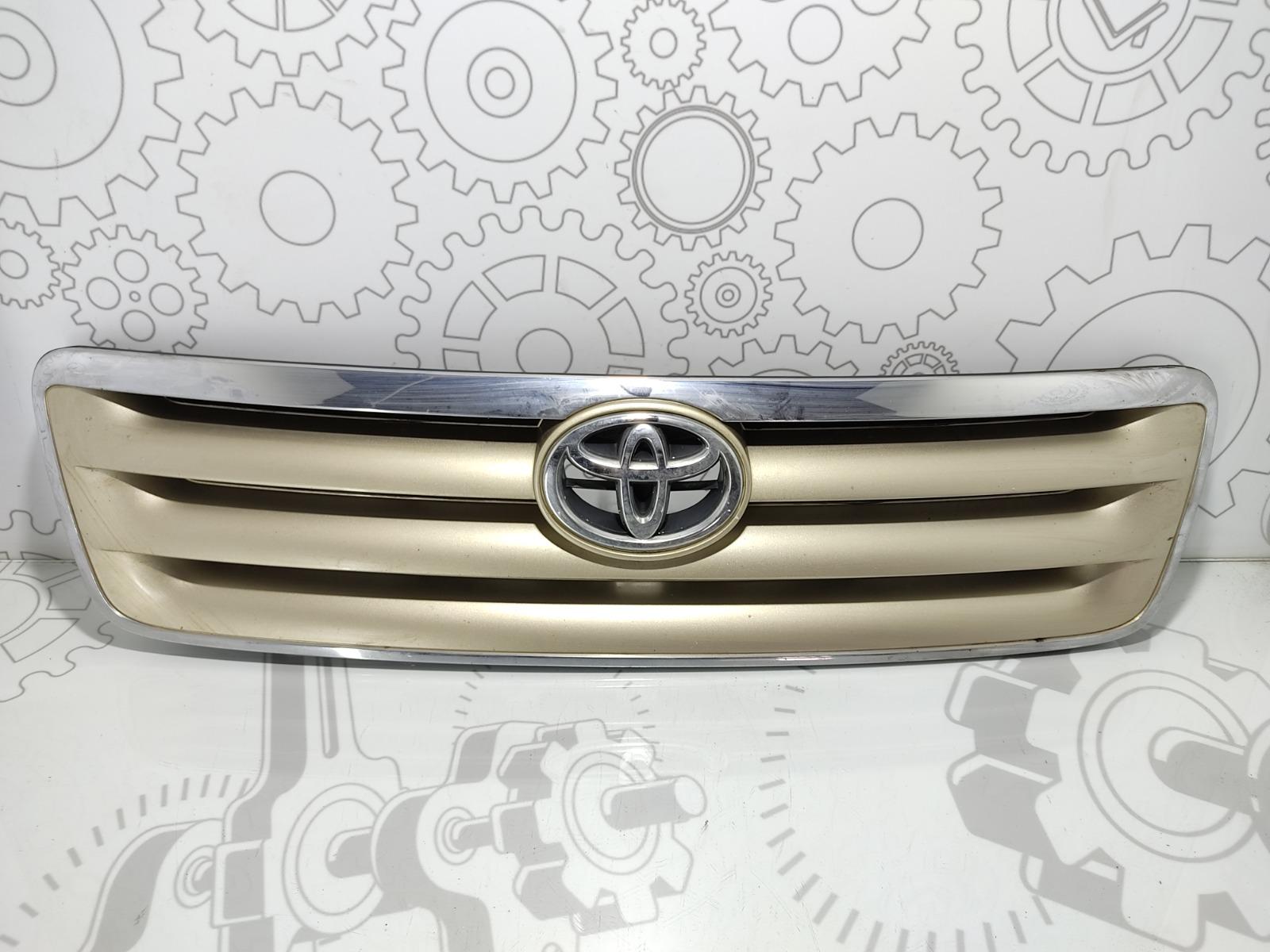 Решетка радиатора Toyota Avensis Verso 2.0 D-4D 2002 (б/у)