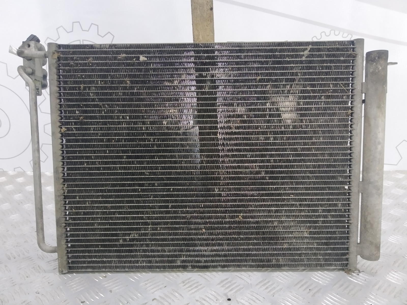 Радиатор кондиционера Bmw X5 E53 4.8 I 2005 (б/у)