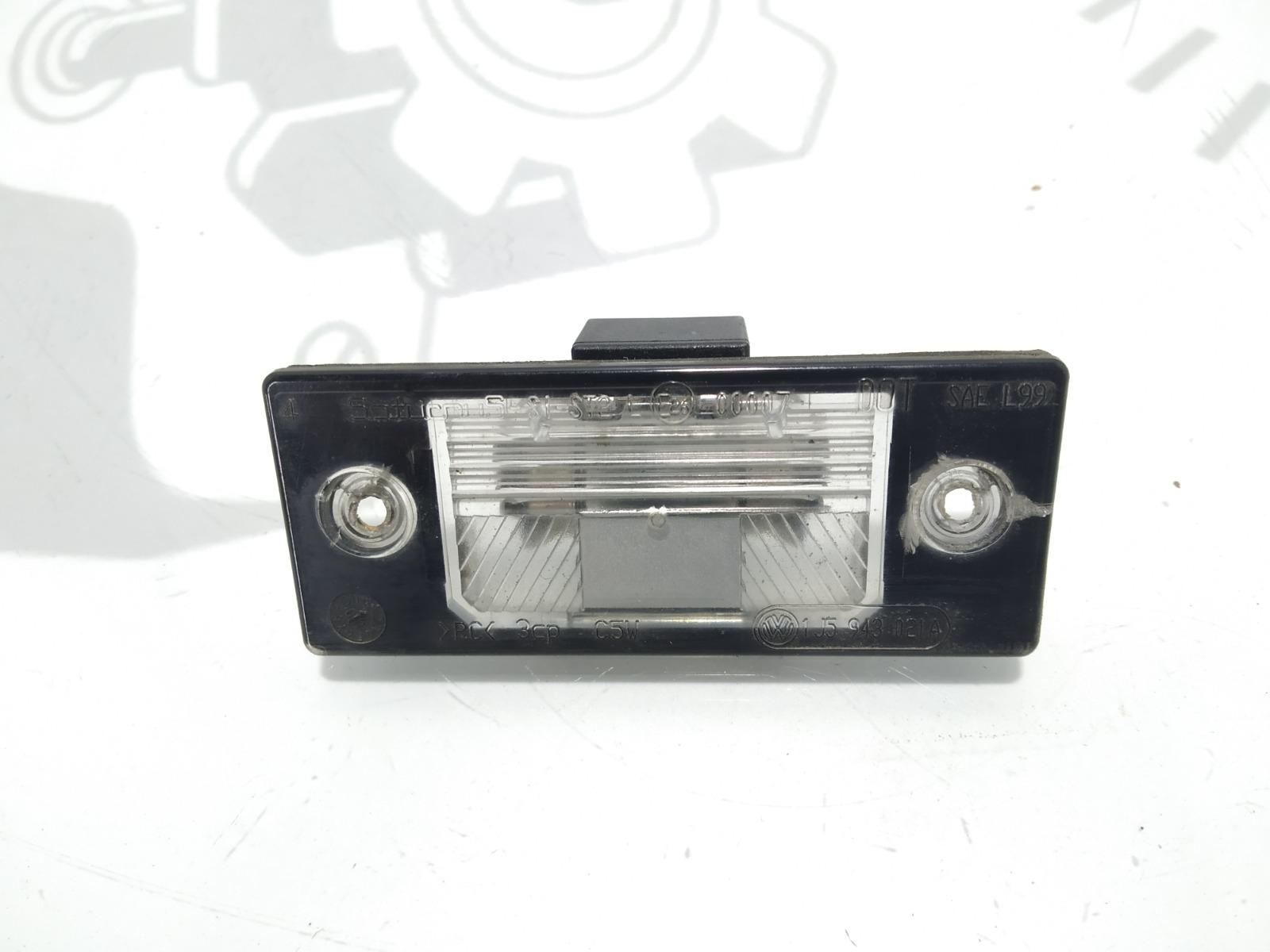 Подсветка номера Volkswagen Passat B5 2.0 I 2001 (б/у)
