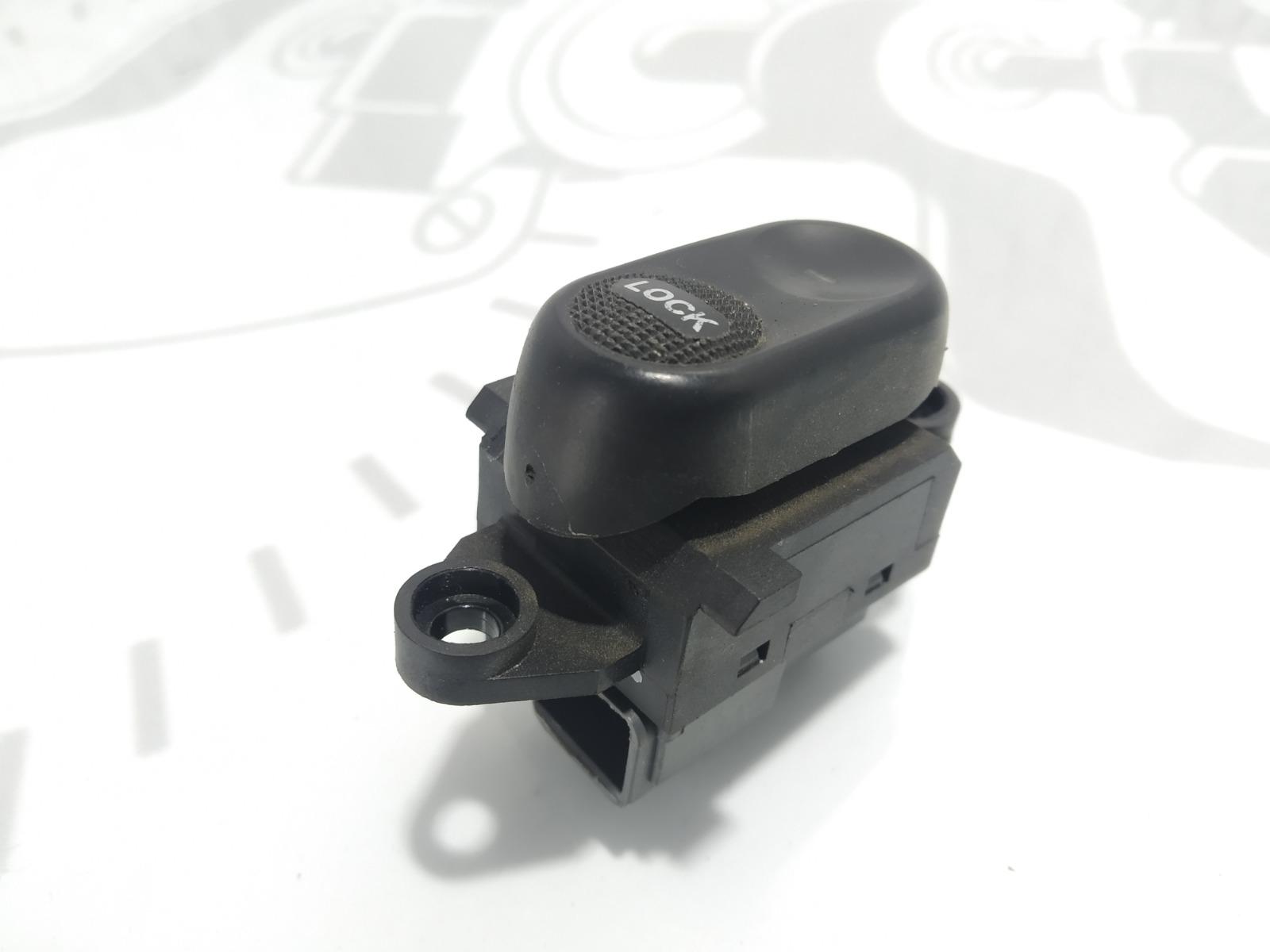 Кнопка центрального замка Chrysler Pt-Cruiser 2.0 I 2003 (б/у)