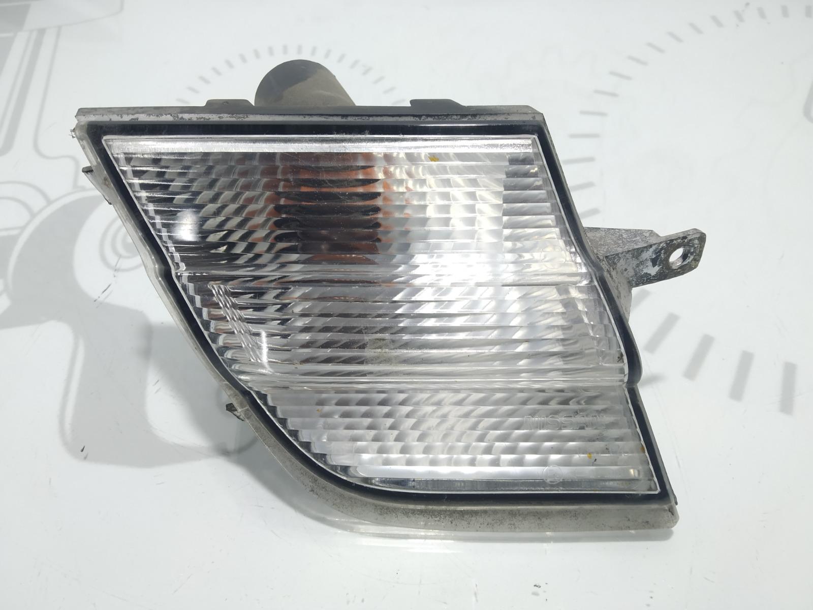 Поворотник правый Nissan Micra K12 1.2 I 2005 (б/у)