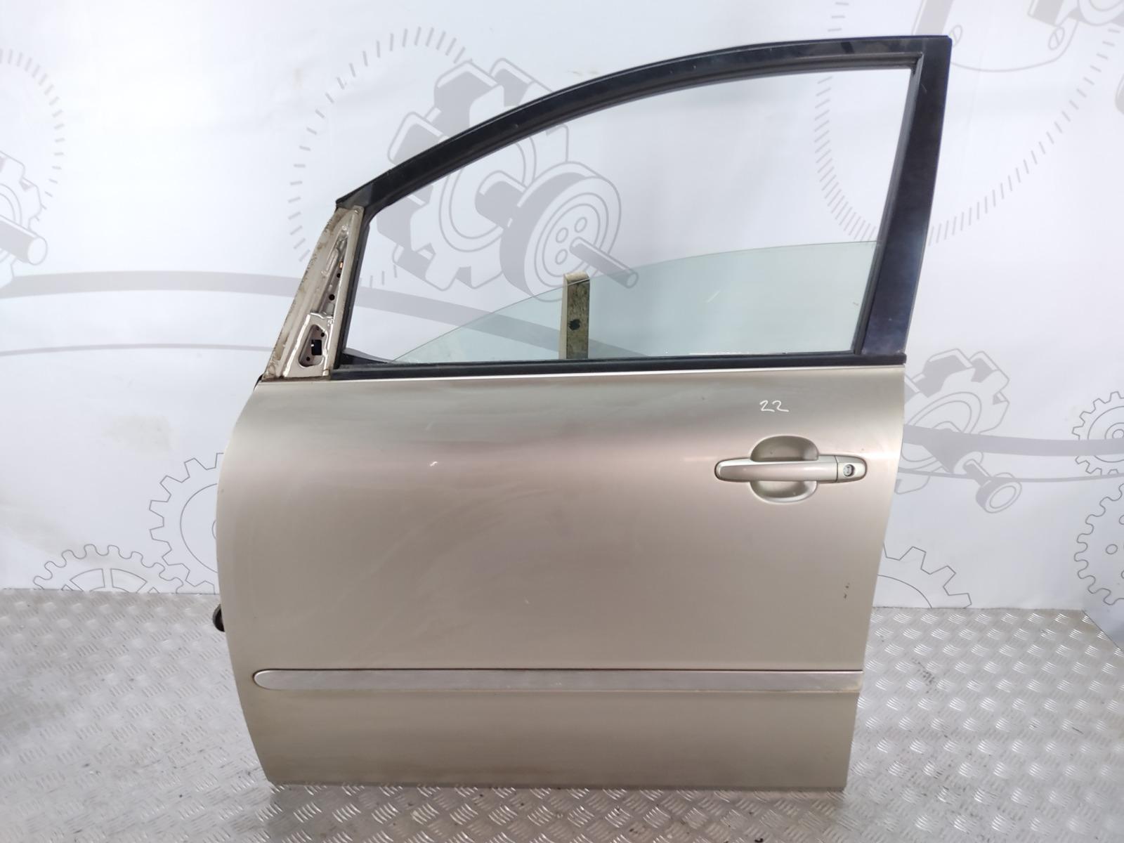 Дверь передняя левая Toyota Avensis Verso 2.0 D-4D 2002 (б/у)