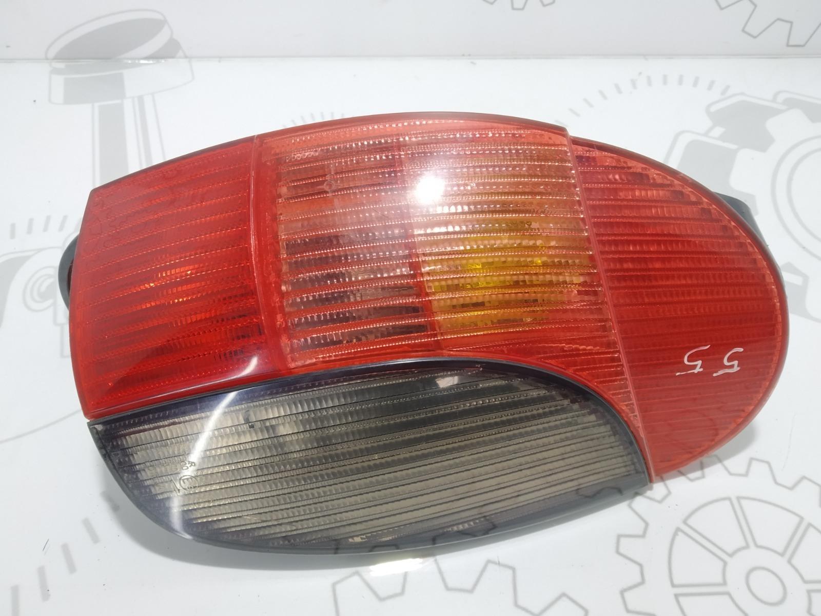 Фонарь задний правый Peugeot 306 1.8 I 1998 (б/у)