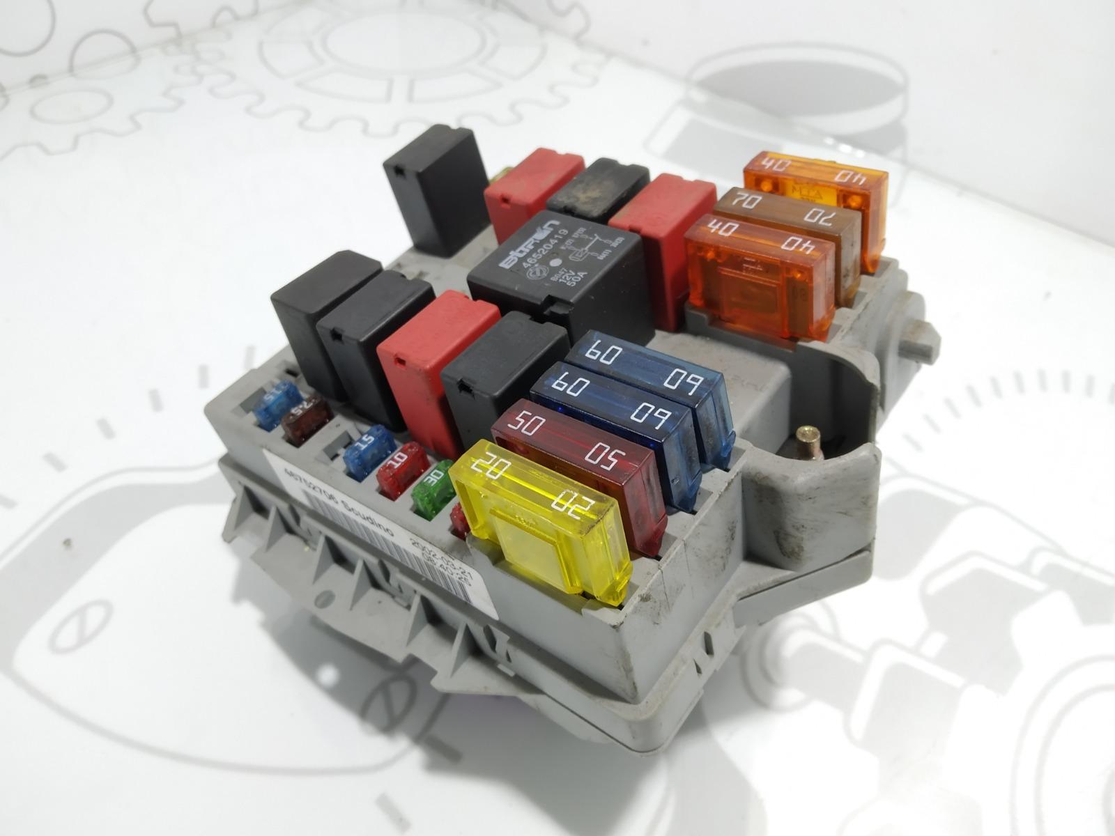 Блок предохранителей Fiat Doblo 1.9 JTD 2002 (б/у)