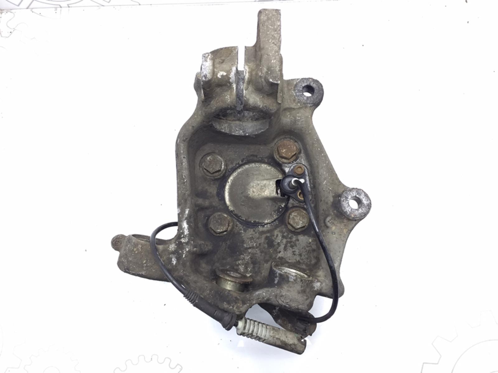 Кулак поворотный правый Bmw 5 E39 2.5 TDS 1997 (б/у)