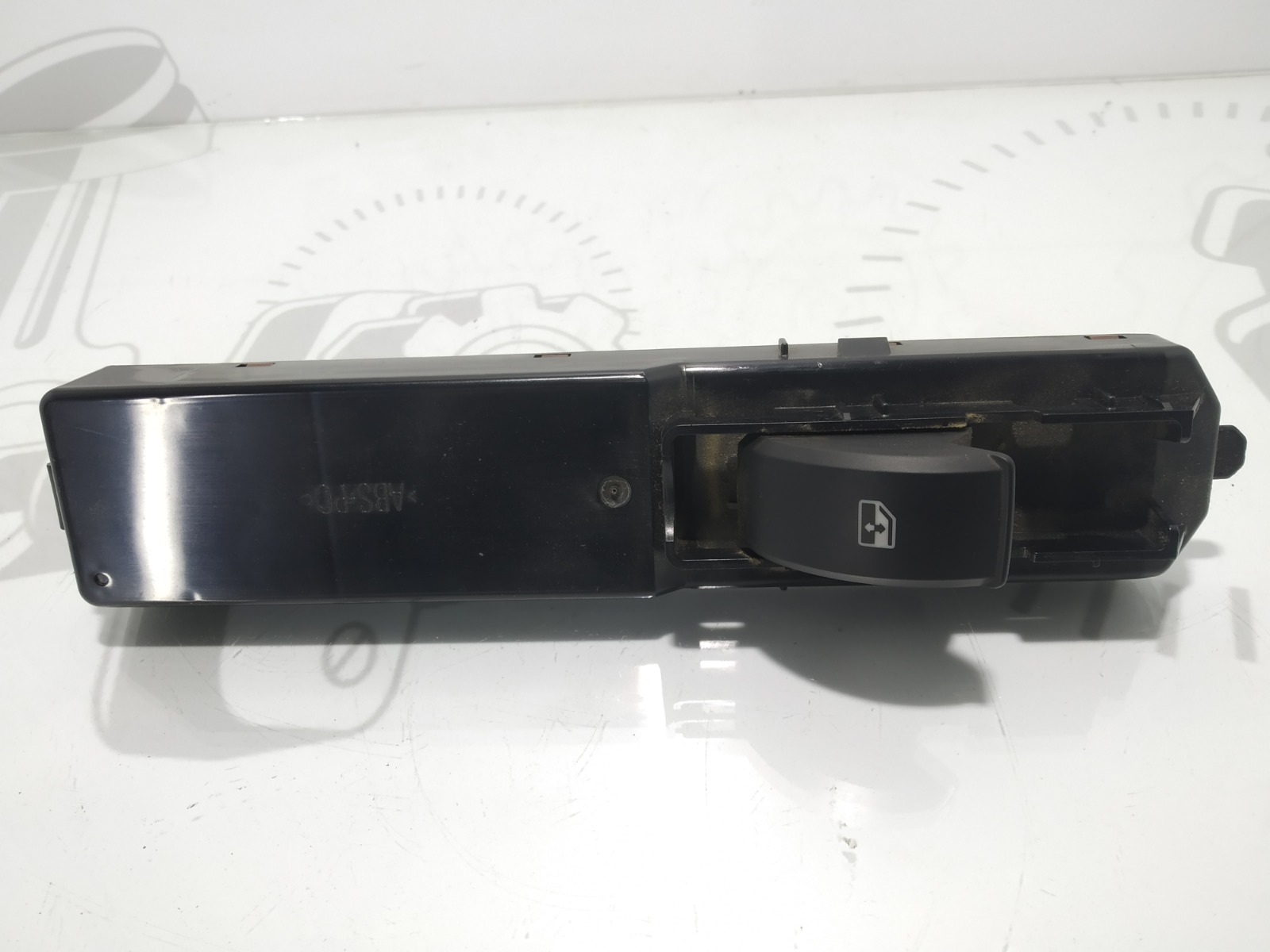 Кнопка стеклоподъемника Saab 9-3 2.0 TI 2003 (б/у)