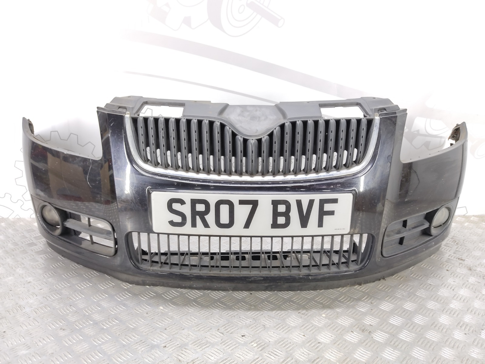 Бампер передний Skoda Fabia 1.4 TDI 2007 (б/у)