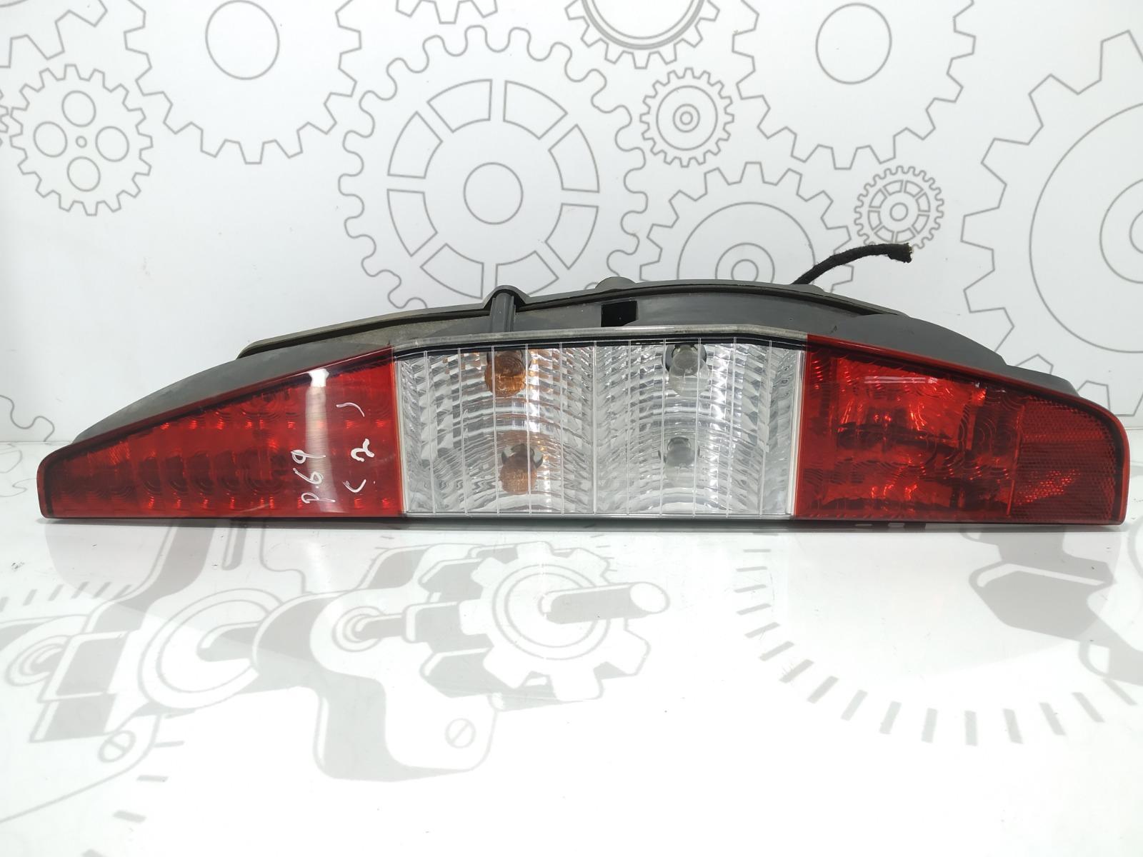 Фонарь задний правый Fiat Doblo 1.9 JTD 2002 (б/у)