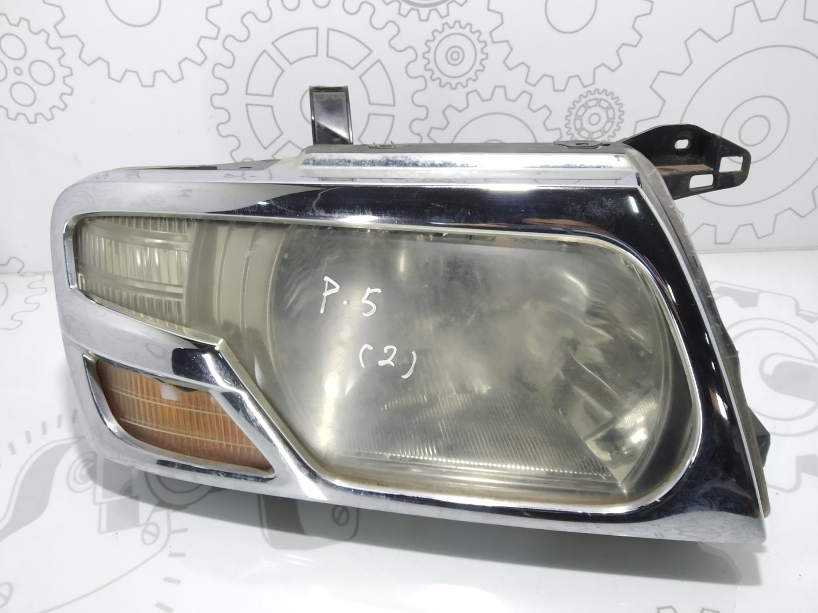 Фара правая Mitsubishi Pajero 3.2 DID 2003 (б/у)