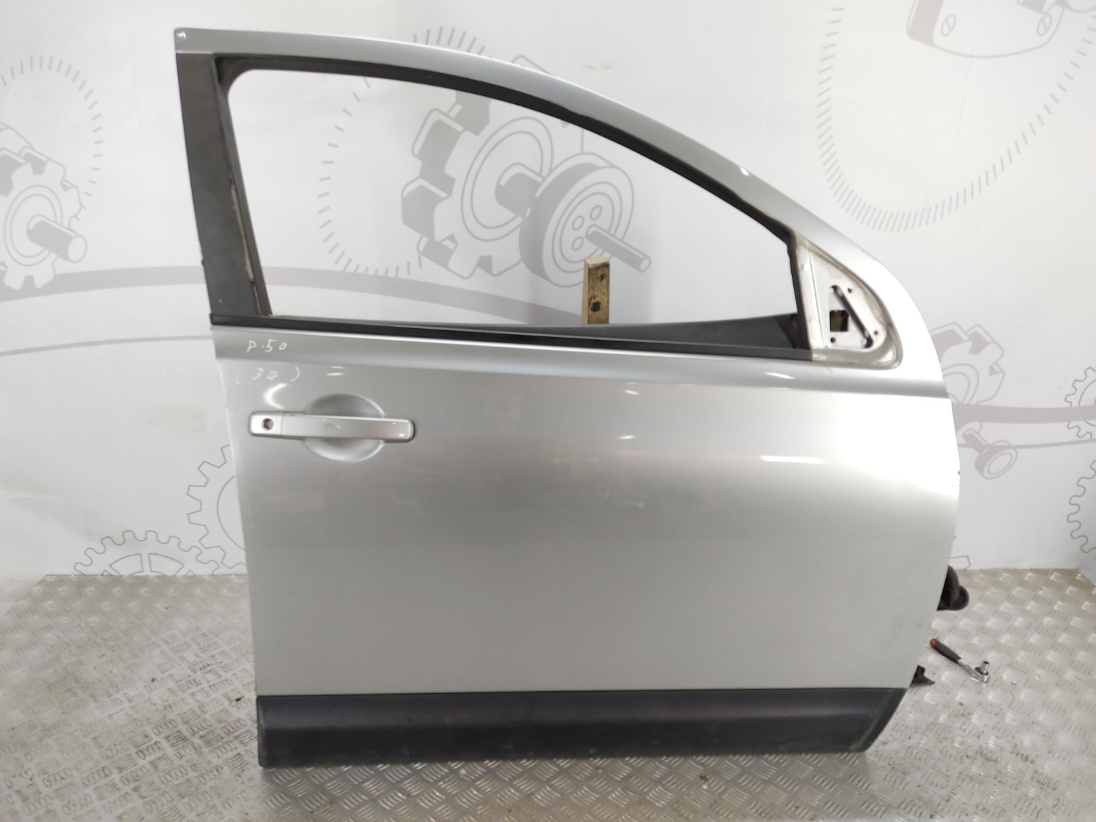 Дверь передняя правая Nissan Qashqai 2.0 DCI 2008 (б/у)