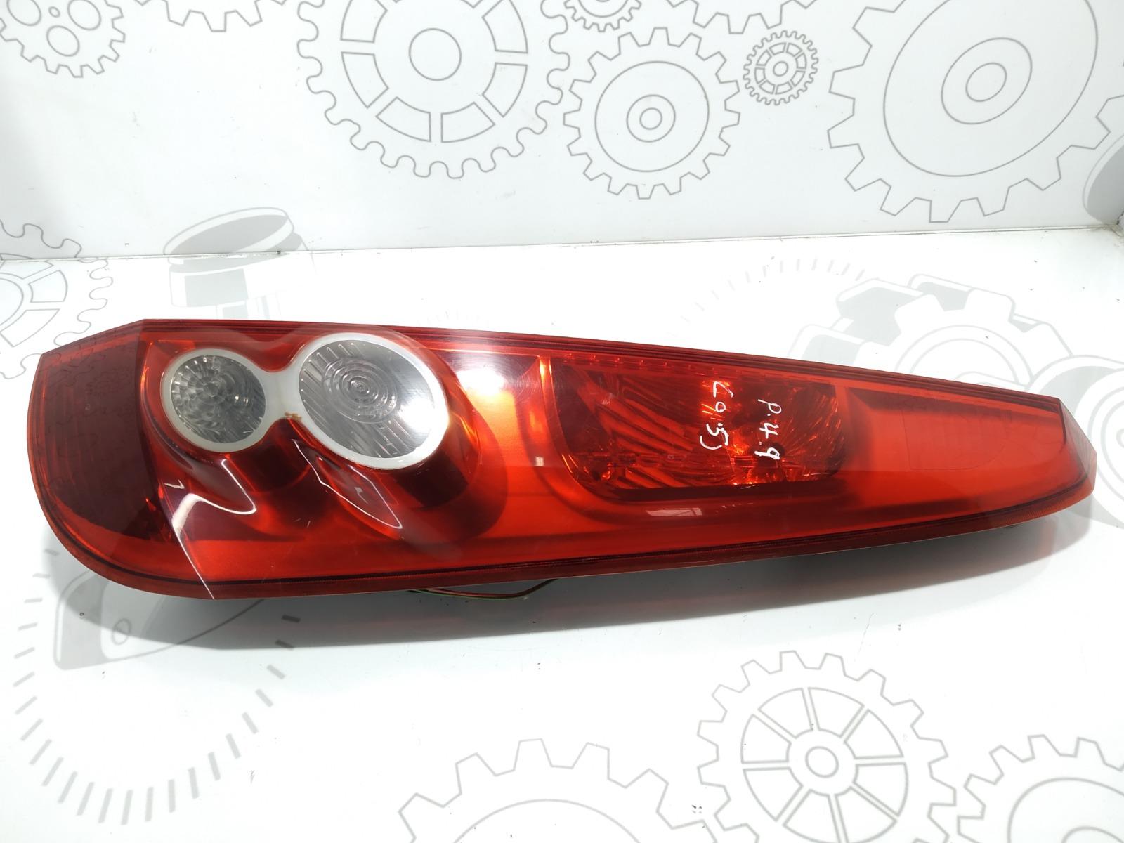 Фонарь задний правый Ford Fiesta 1.4 CDTI 2007 (б/у)
