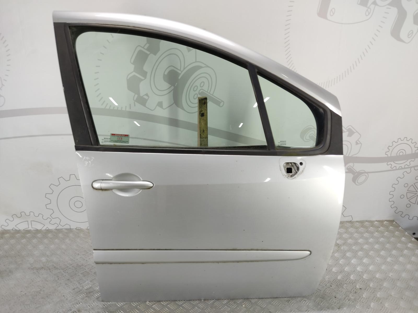 Дверь передняя правая Renault Grand Modus 1.5 DCI 2008 (б/у)