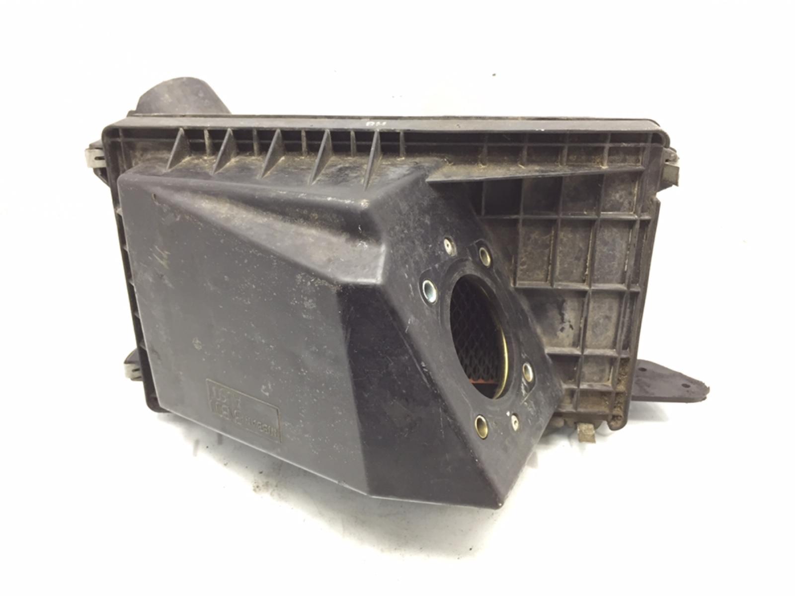 Корпус воздушного фильтра Nissan X-Trail T30 2.2 DCI 2003 (б/у)