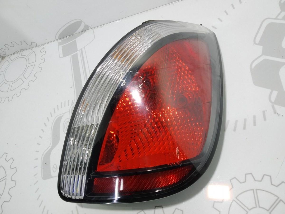 Фонарь задний правый Kia Rio 1.4 I 2006 (б/у)