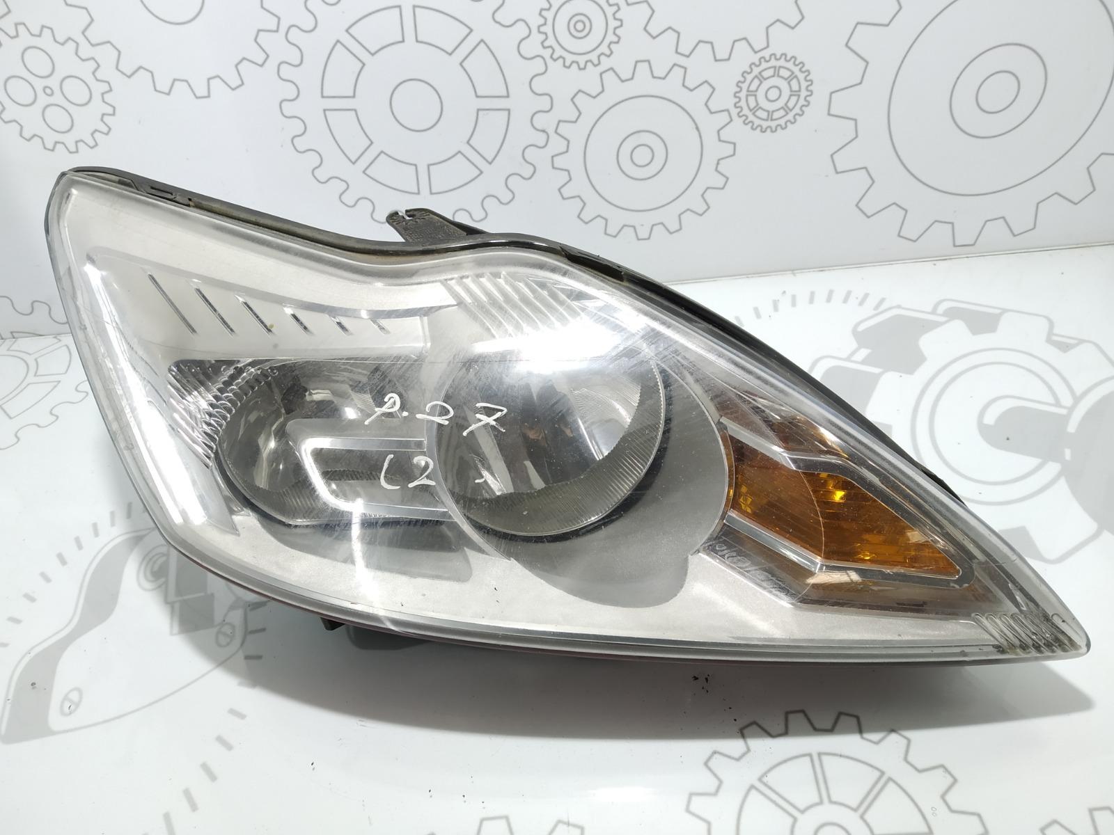 Фара правая Ford Focus 1.6 TDCI 2009 (б/у)