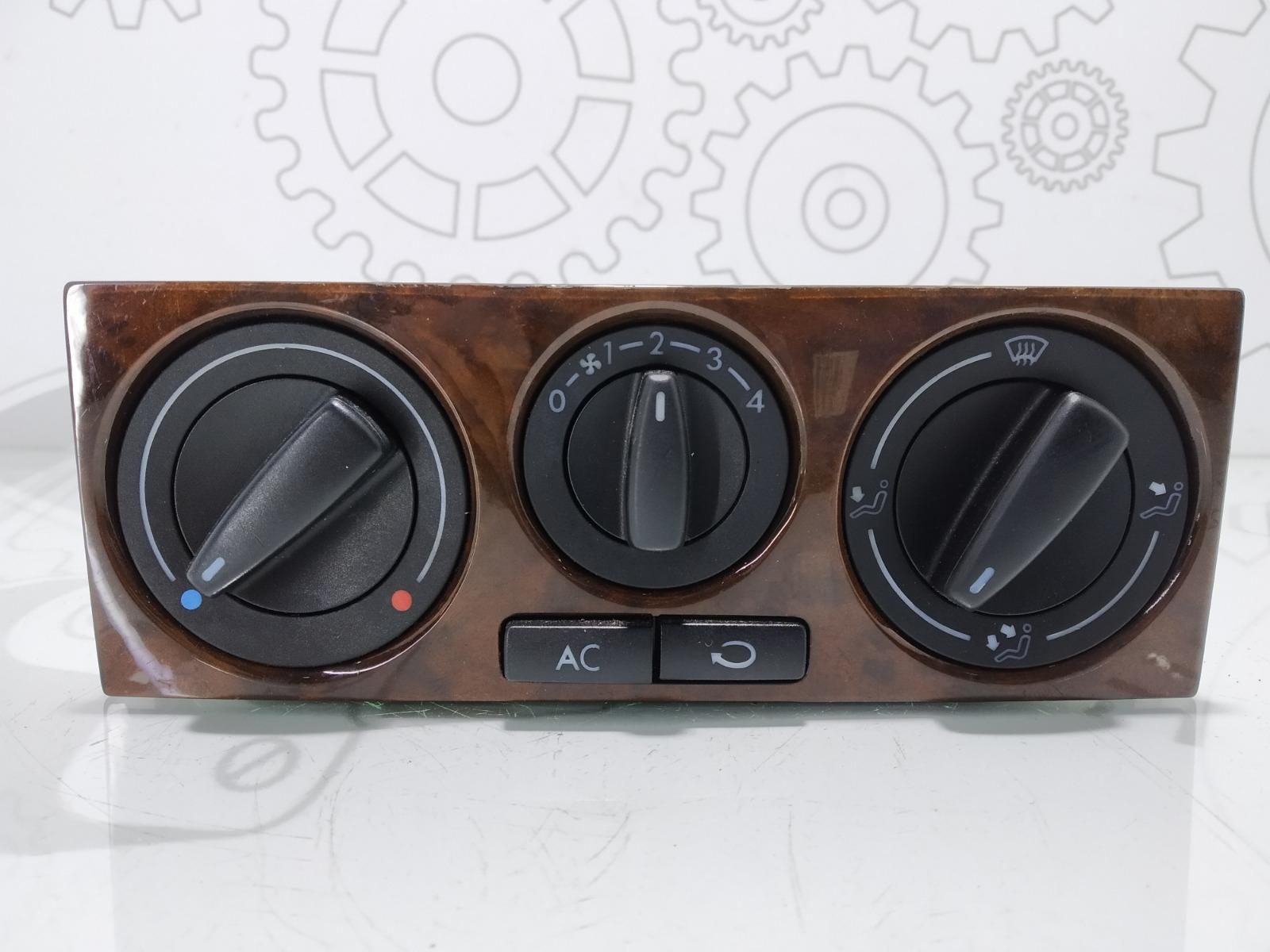 Блок управления печки/климат-контроля Volkswagen Bora 2.0 I 2002 (б/у)