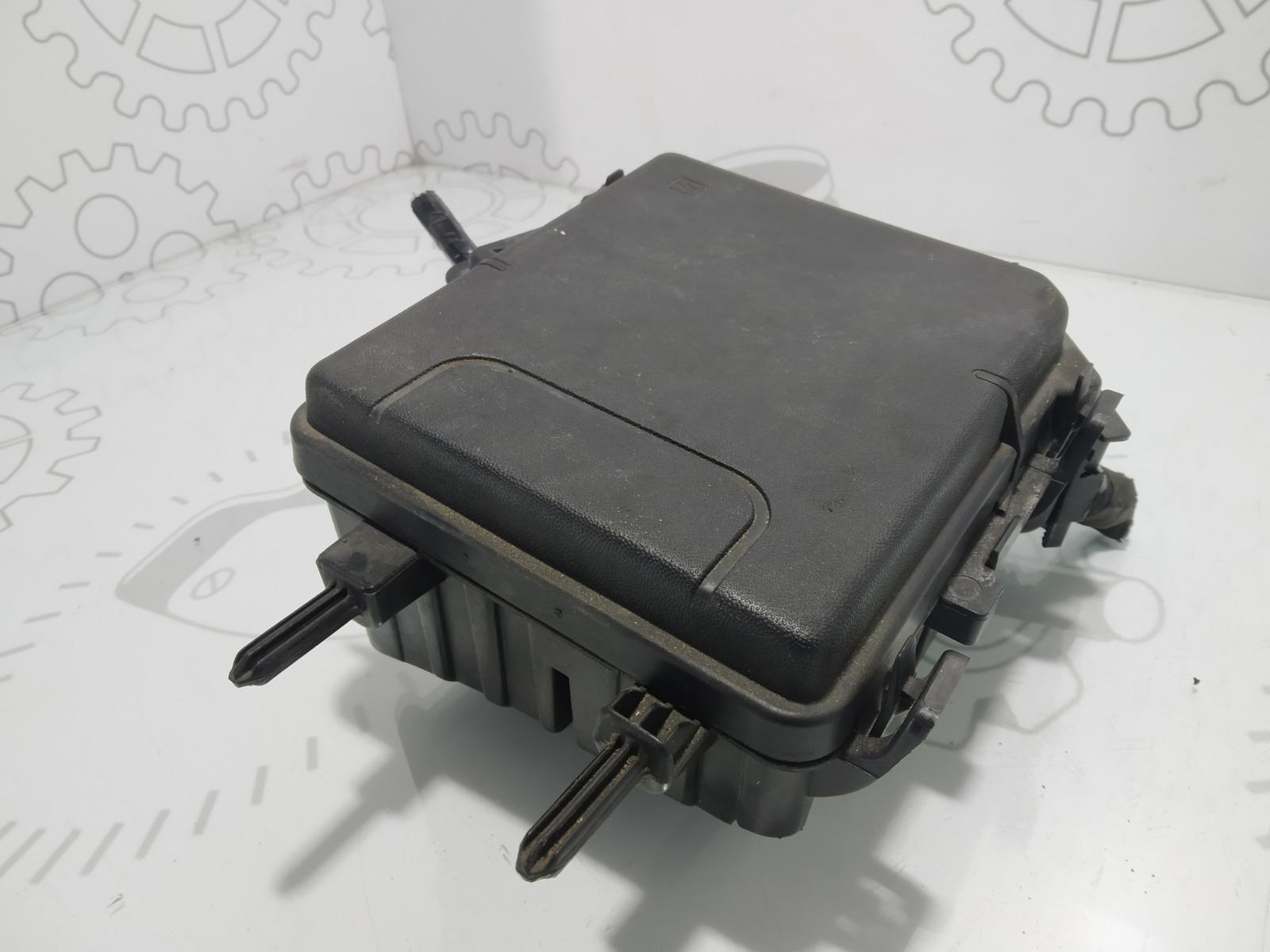 Блок предохранителей Renault Grand Scenic 1.6 I 2011 (б/у)