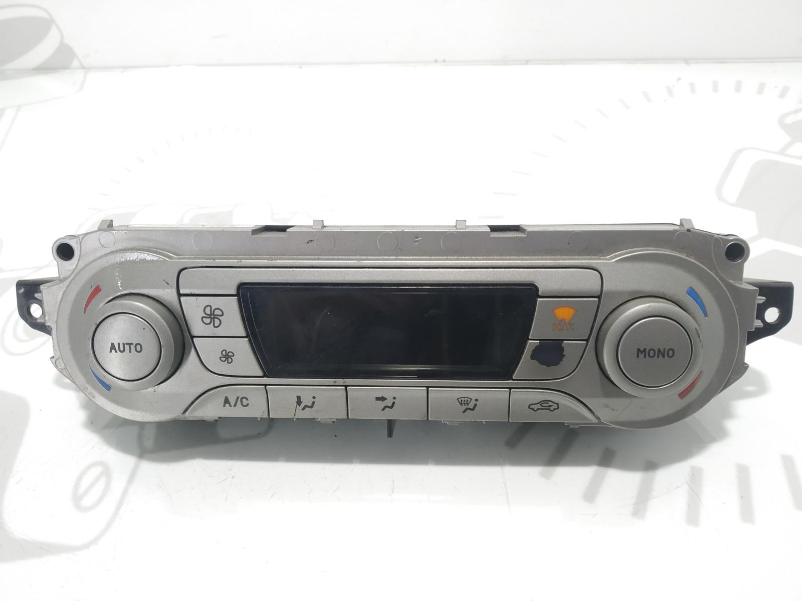 Блок управления печки/климат-контроля Ford Focus 2.0 TDCI 2008 (б/у)
