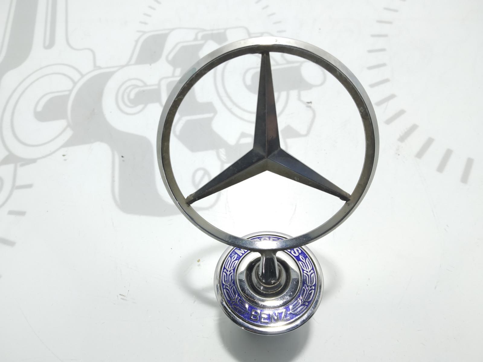 Эмблема Mercedes E W211 3.2 CDI 2003 (б/у)