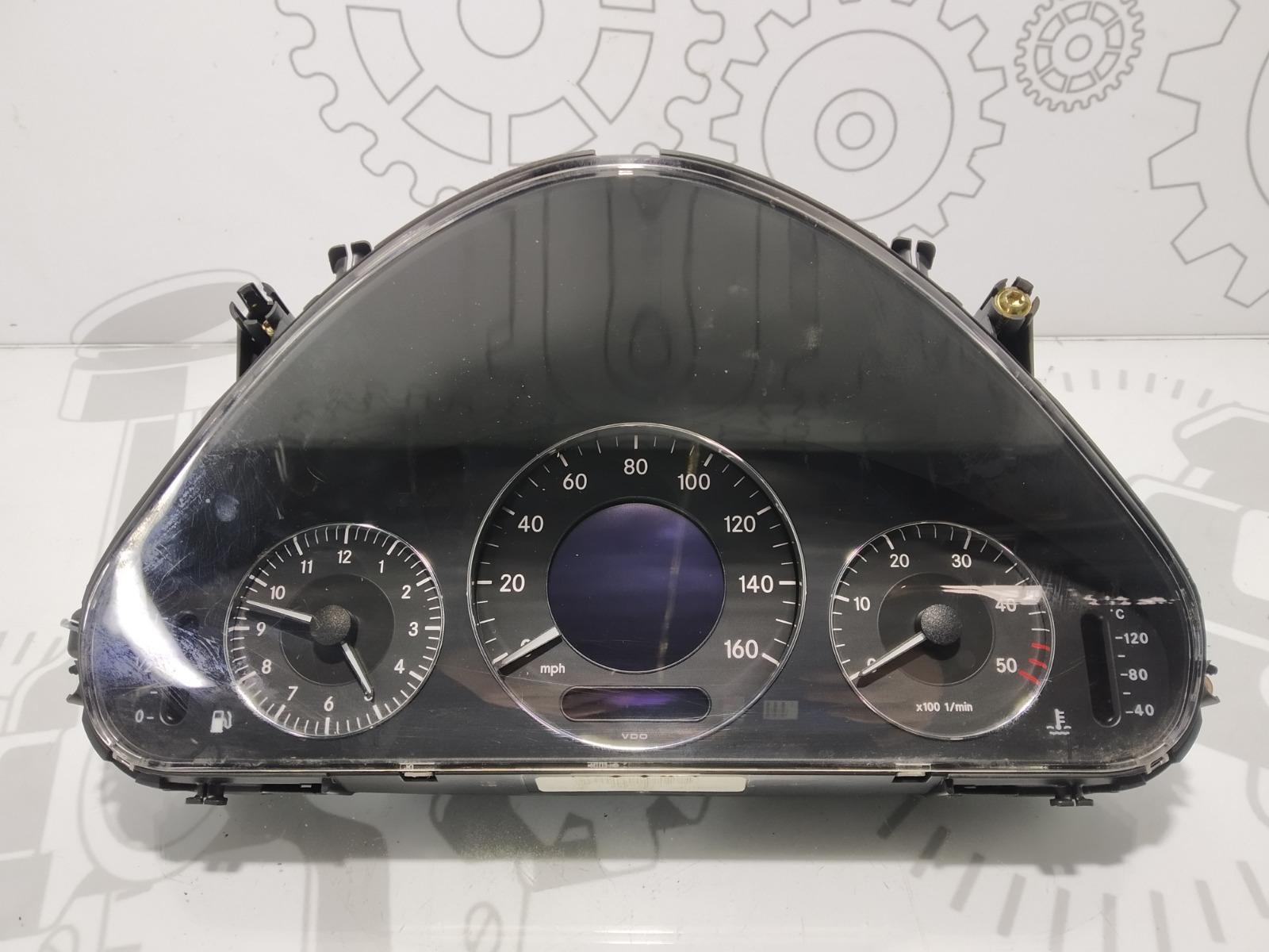 Щиток приборов (приборная панель) Mercedes E W211 3.2 CDI 2003 (б/у)