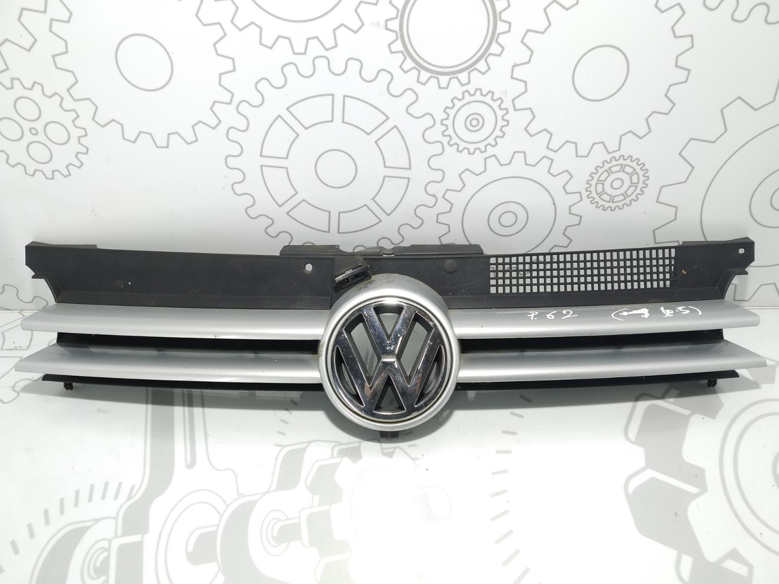 Решетка радиатора Volkswagen Golf 4 1.6 I 2002 (б/у)